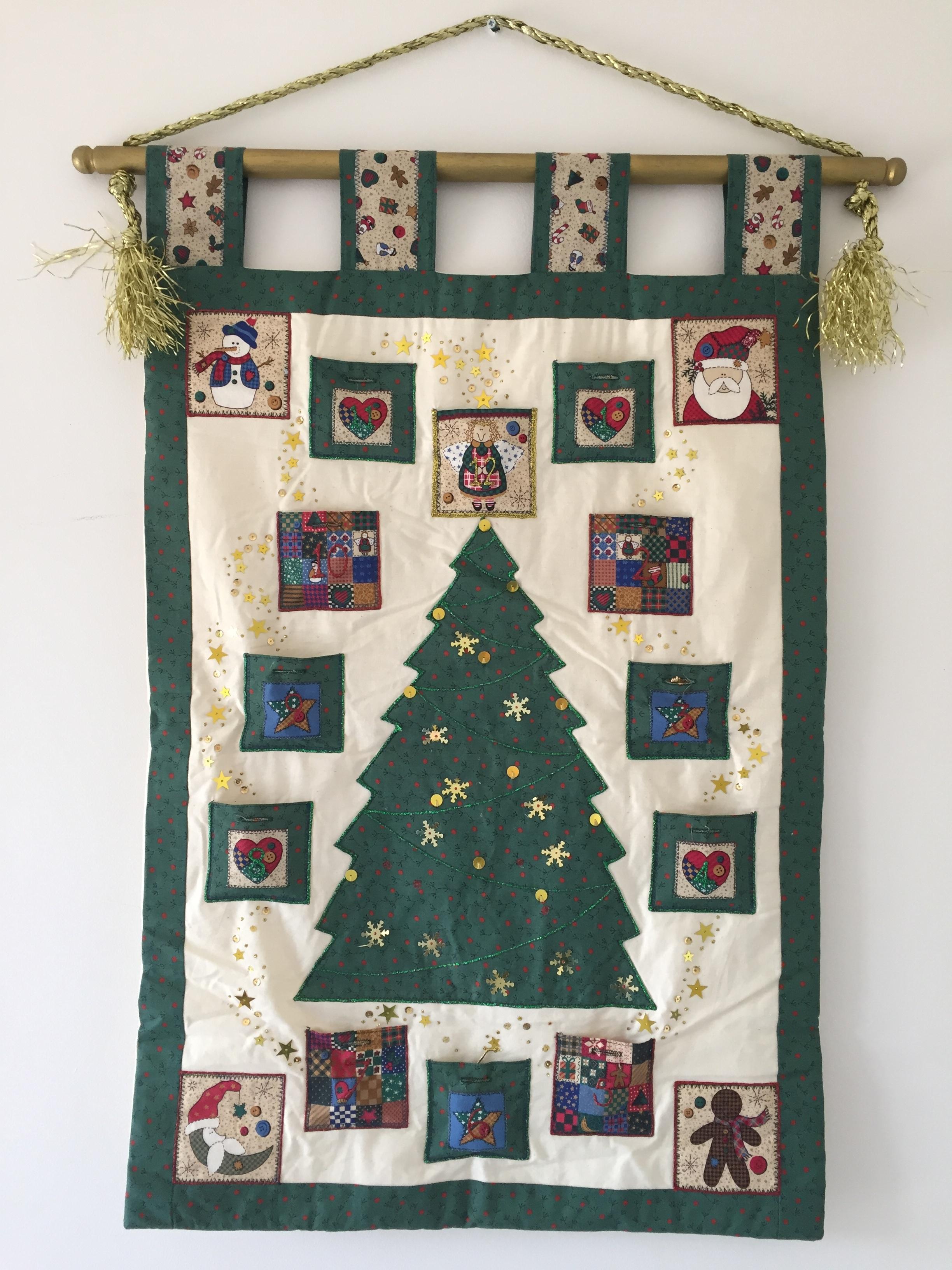 Fotos gratis : árbol, interior, celebracion, regalo, decoración ...