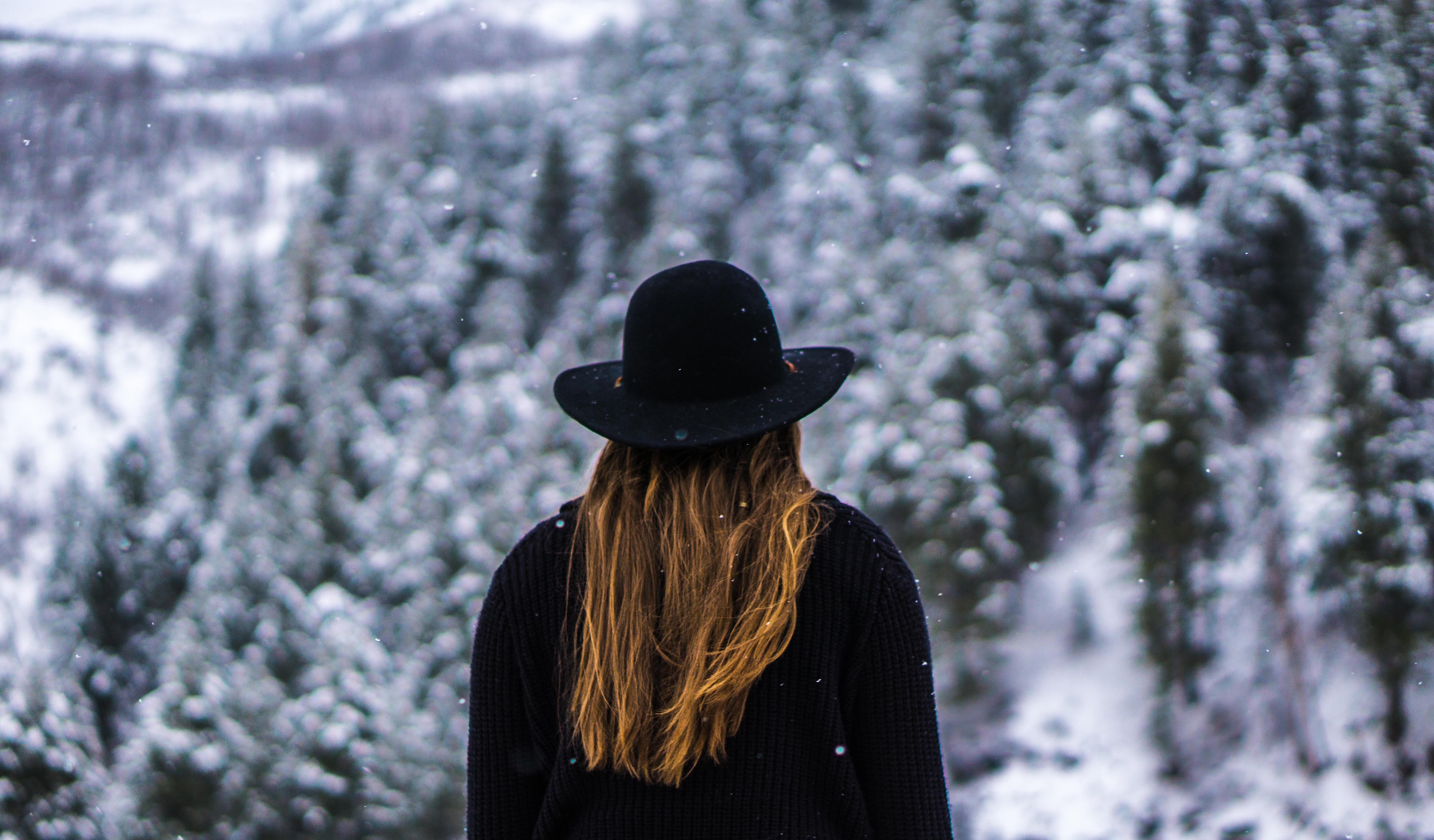 лагере, картинка зима снег человек нашей группе
