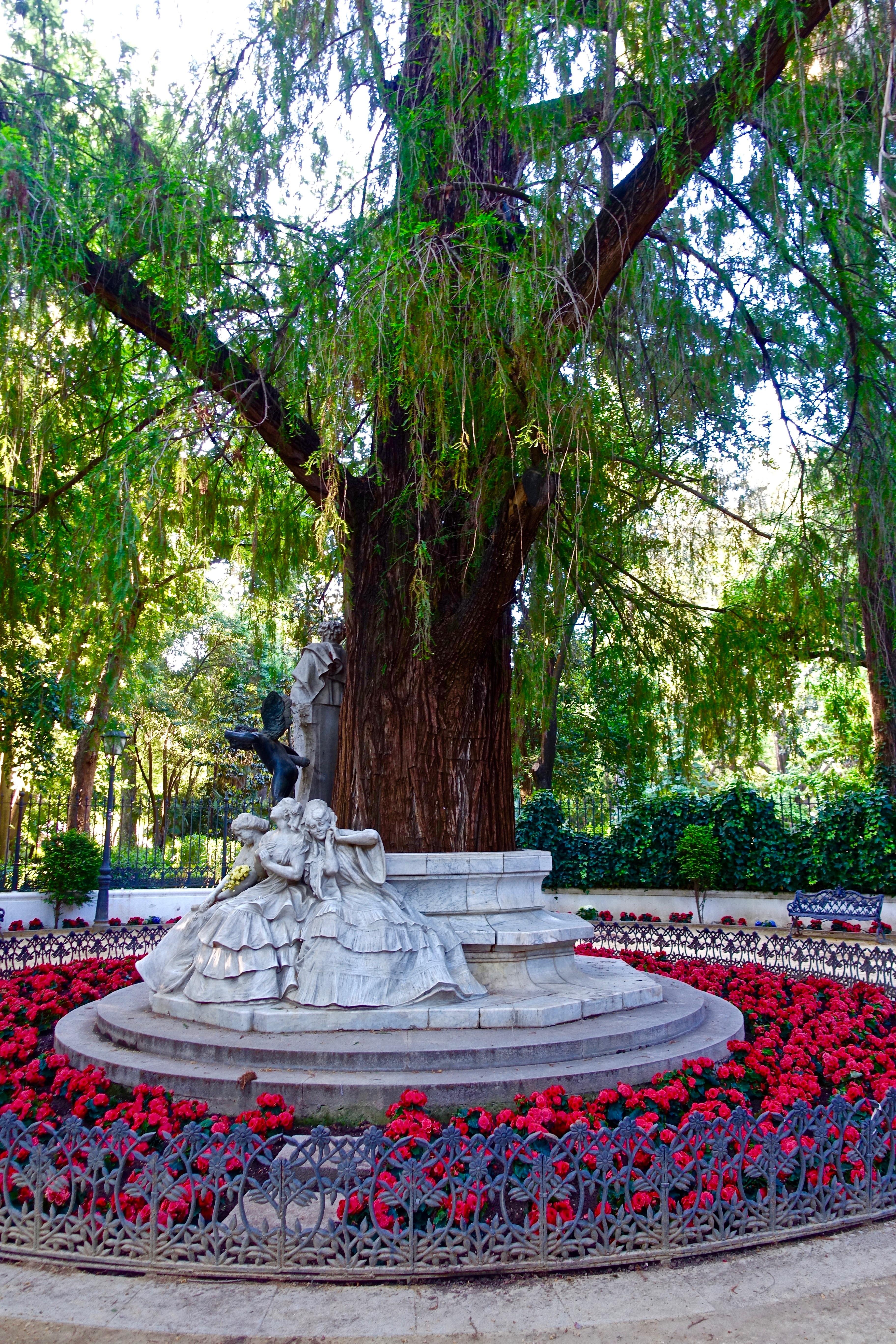 Fotos gratis rbol planta flor decoraci n rojo for Arbol rojo jardin