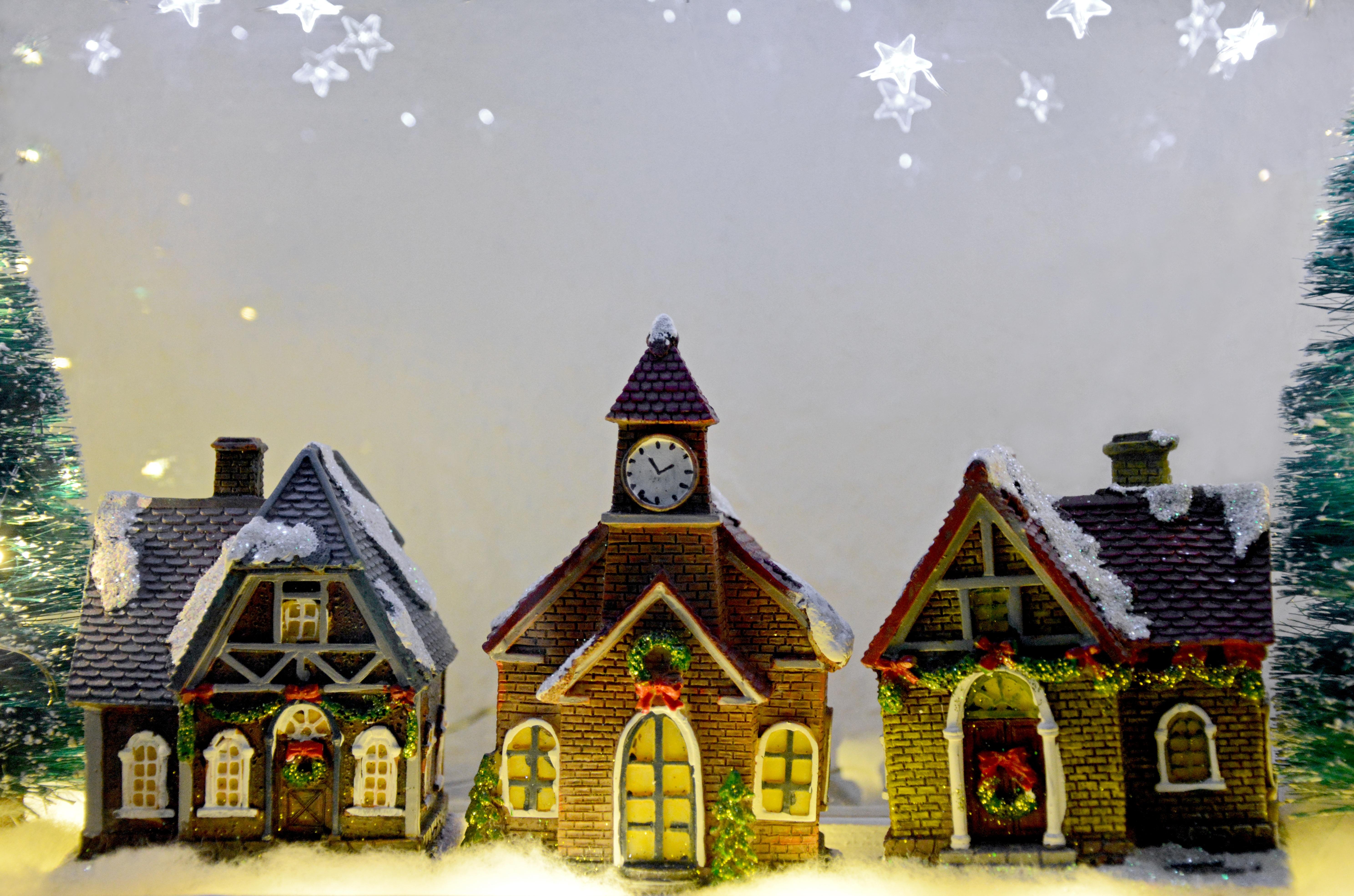 Fotos gratis : árbol, nieve, invierno, casa, estrella, pueblo ...