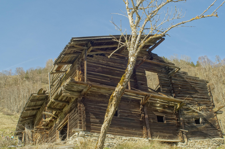 Perfect Baum Holz Haus Gebäude Scheune Hütte Dorf Hütte Landwirtschaft Altes  Gebäude Hdr Ruinen Baufällig Stroh Blockhaus