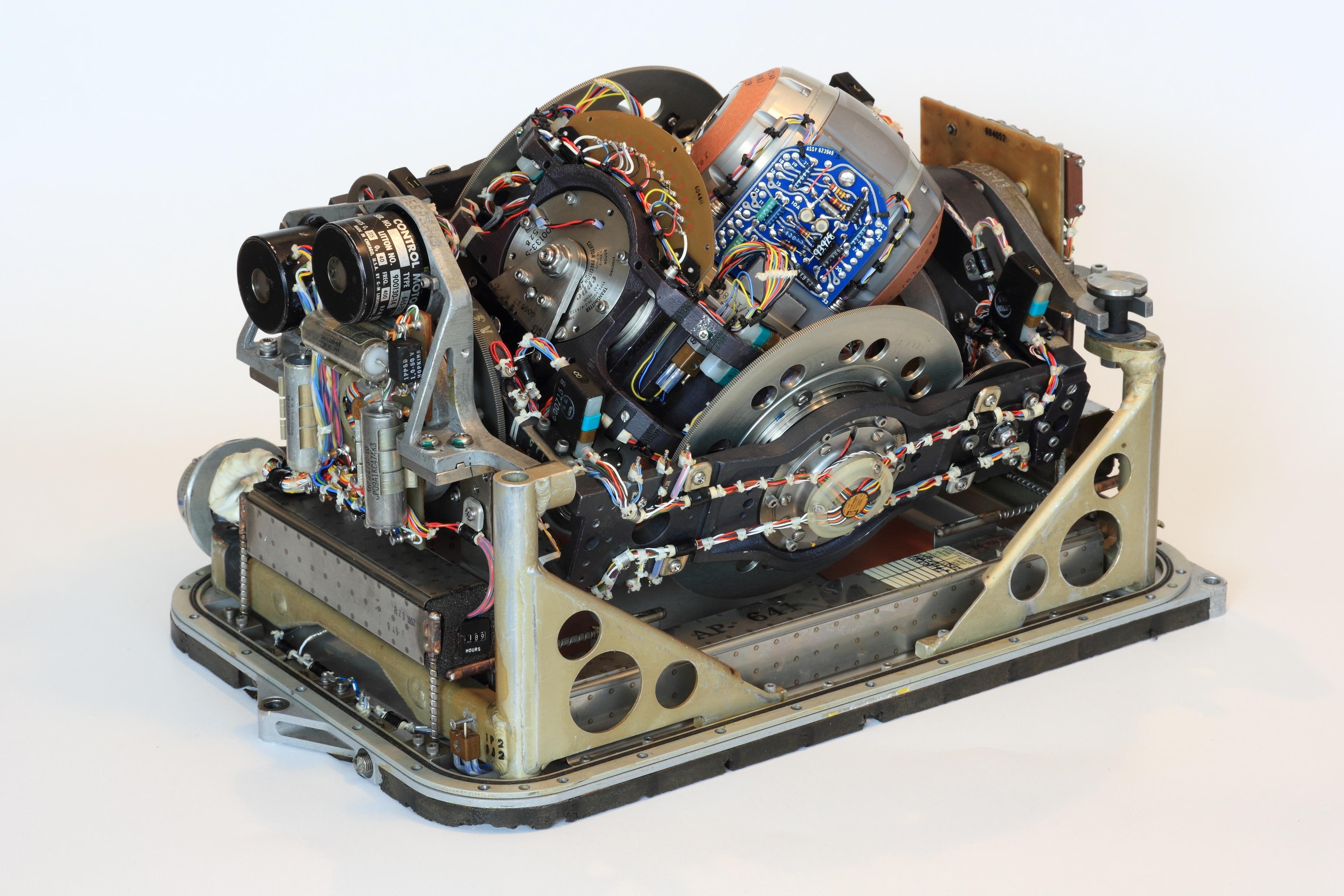 для фото двигатели игрушек