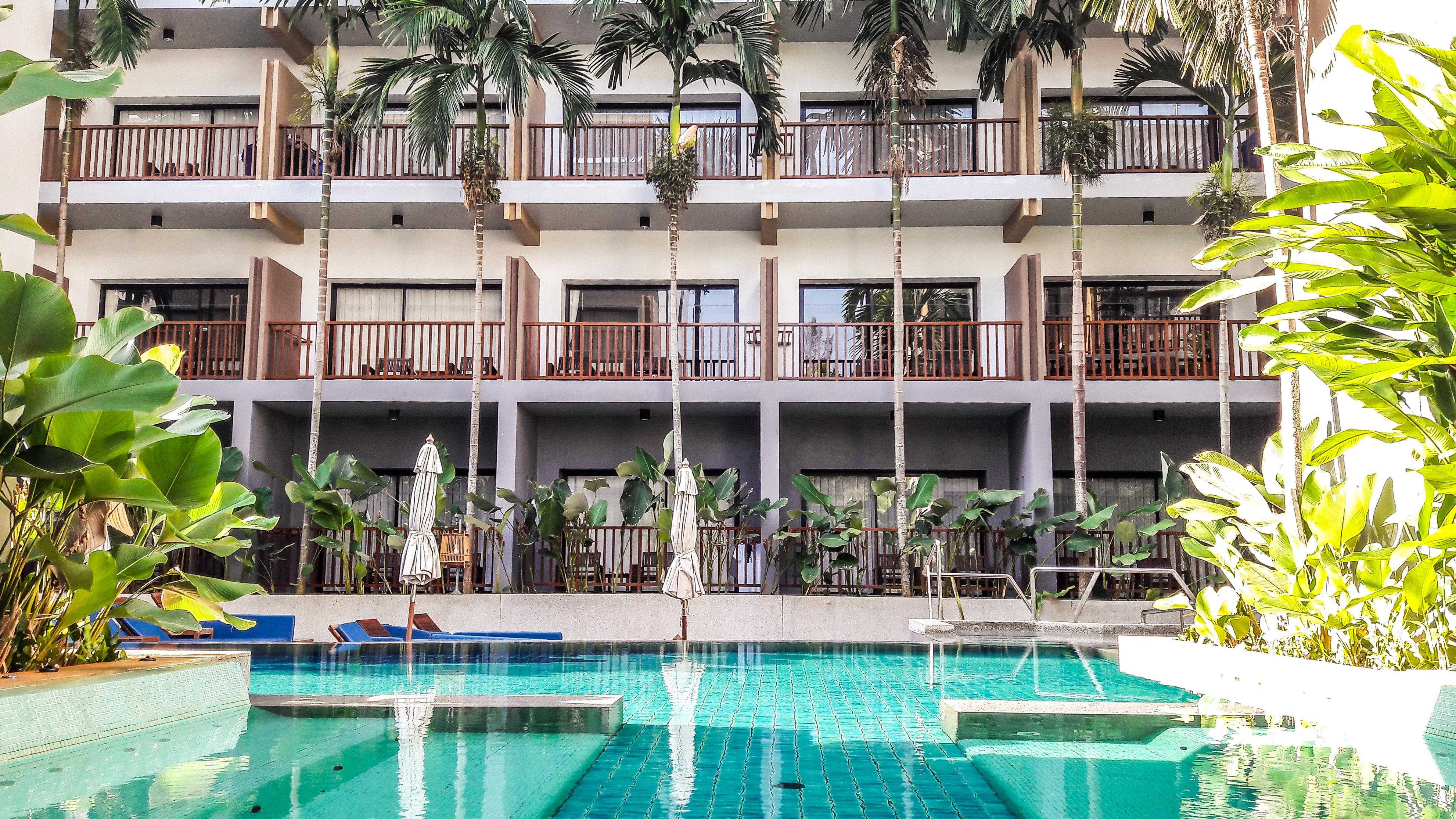 Fotos gratis villa palacio edificio casa verano piscina caba a fiesta patio interior - Ley propiedad horizontal patio interior ...