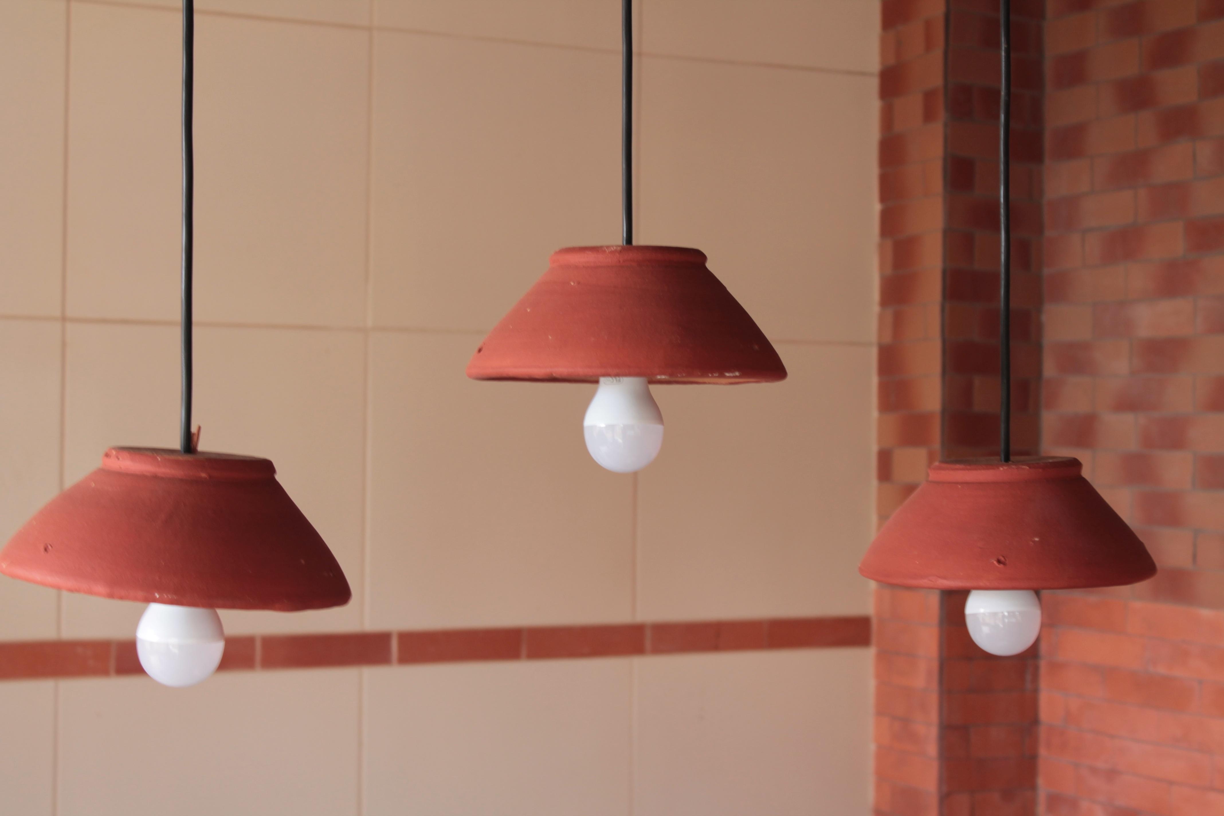 무료 이미지 : 포도 수확, 천장, 빨간, 램프, 담홍색, 갓, 조명 ...