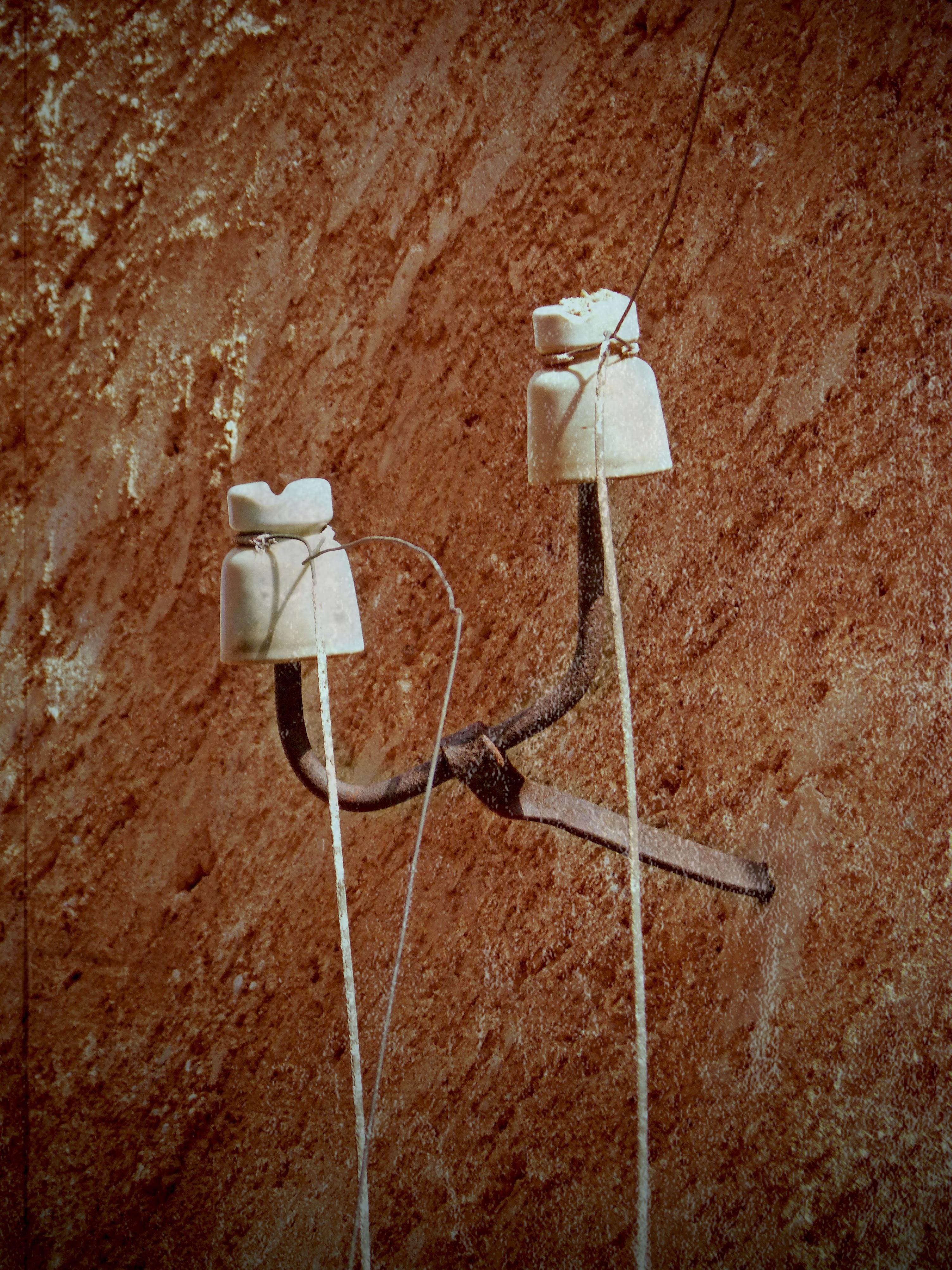 Kostenlose foto : Jahrgang, alt, Mauer, Kabel, Stromleitung ...