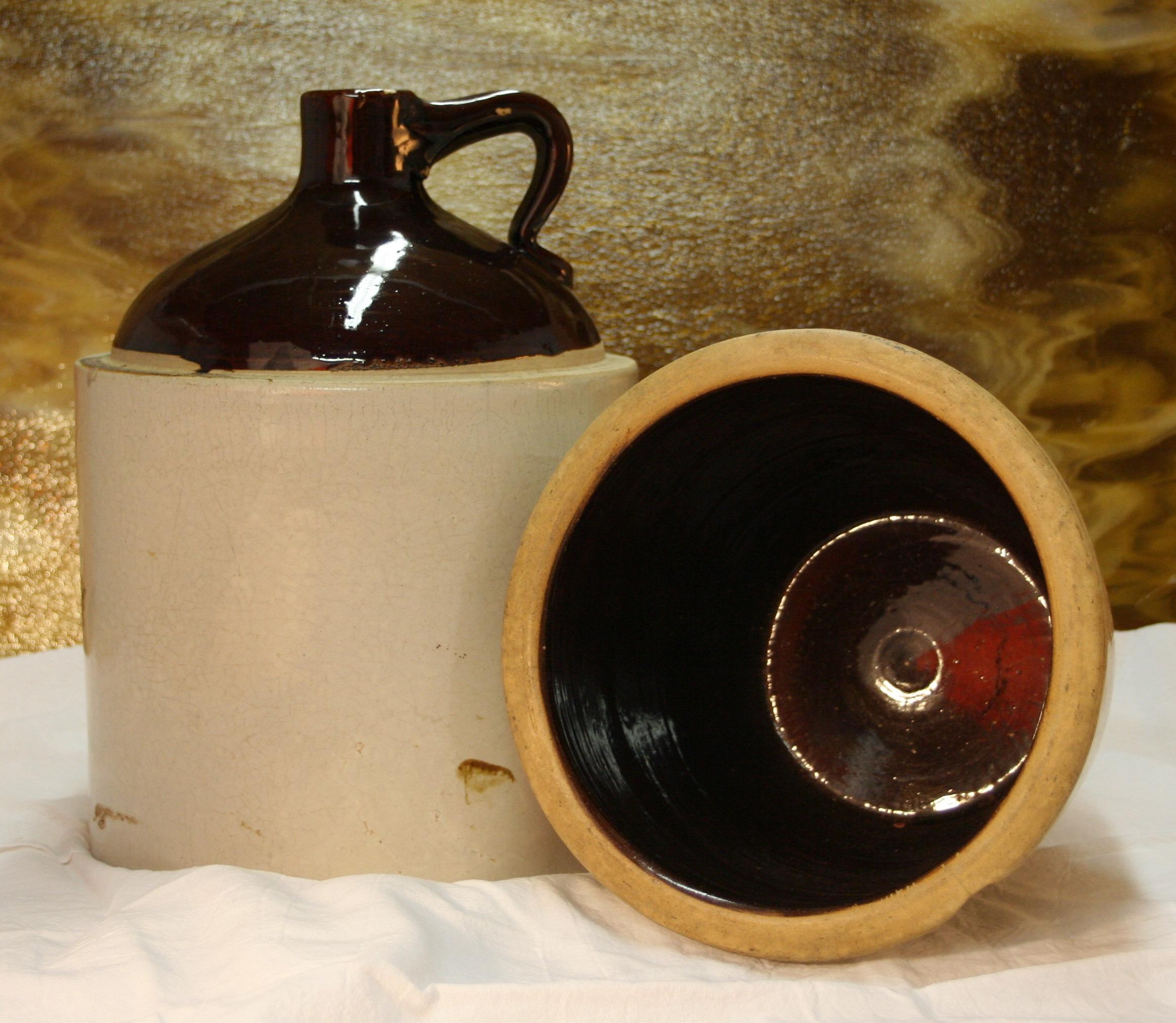 Kostenlose Foto : Jahrgang, Retro, Pot, Rustikal, Glas, Tasse, Ausrüstung,  Keramik, Kessel, Mais, Küche, Getränk, Flasche, Leer, Geschirr, Alkohol, ...