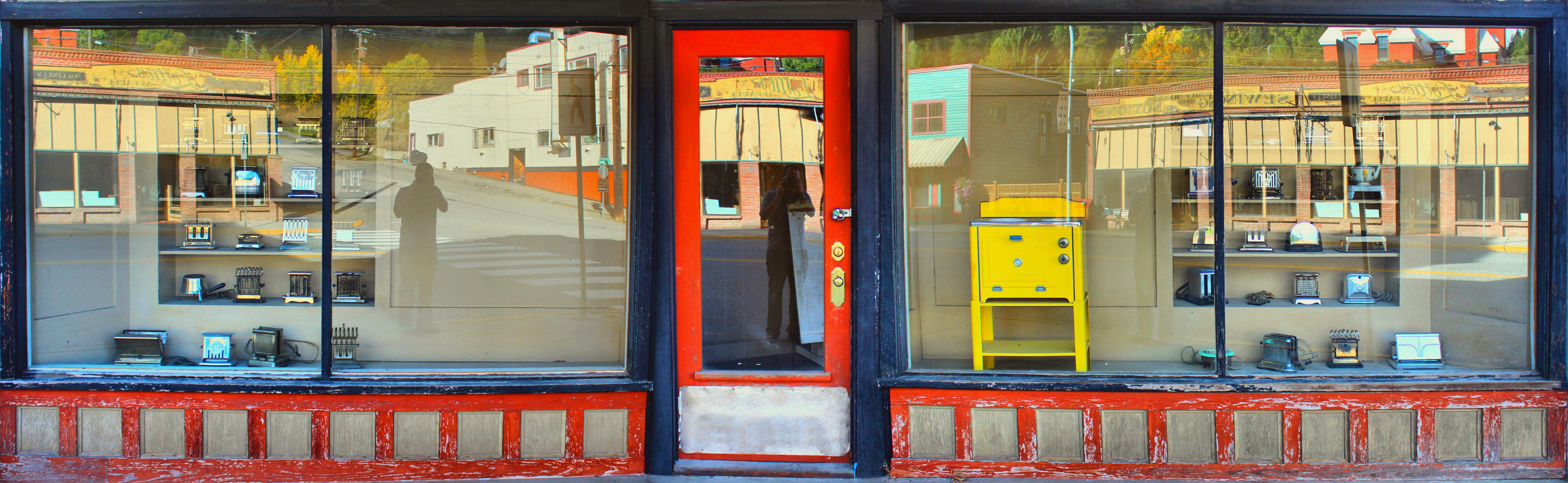 images gratuites cru restaurant vieux panorama panoramique le magasin couleur fa ade. Black Bedroom Furniture Sets. Home Design Ideas