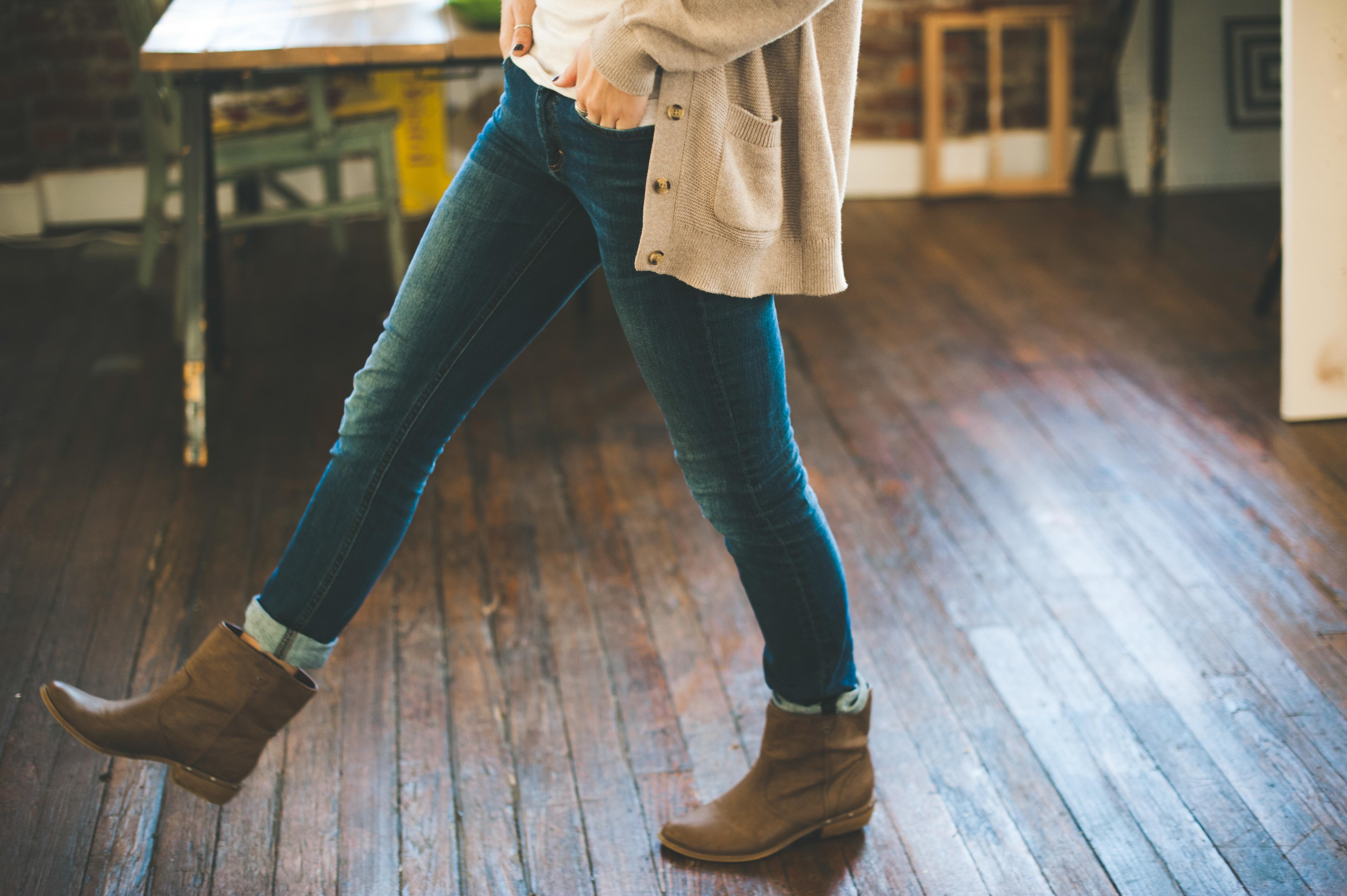 a004e006d5 walking shoe woman step leg jeans spring color fashion blue clothing denim  sweater human body boots