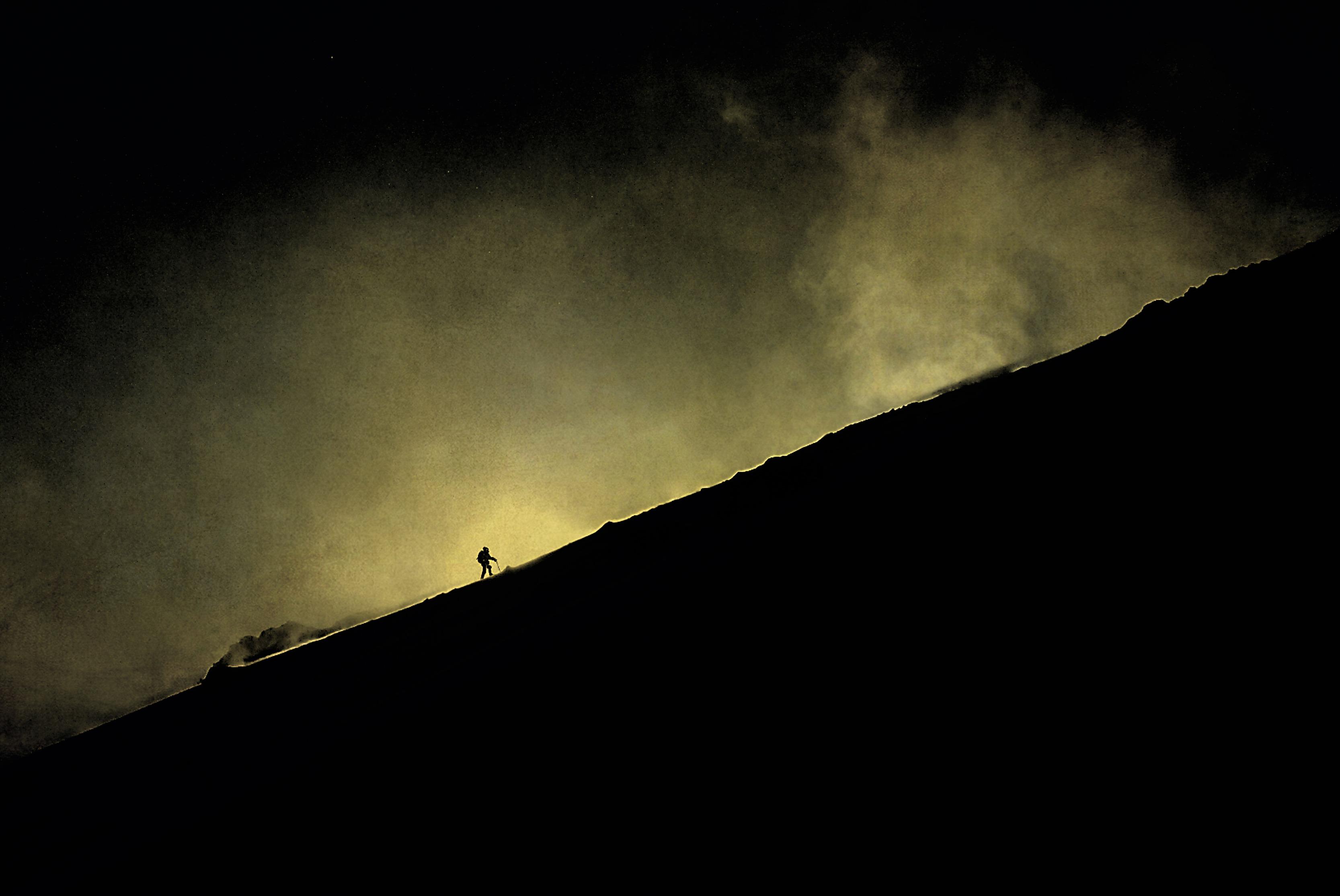 Kostenlose foto : Gehen, Schnee, Winter, Licht, Wolke, Himmel ...