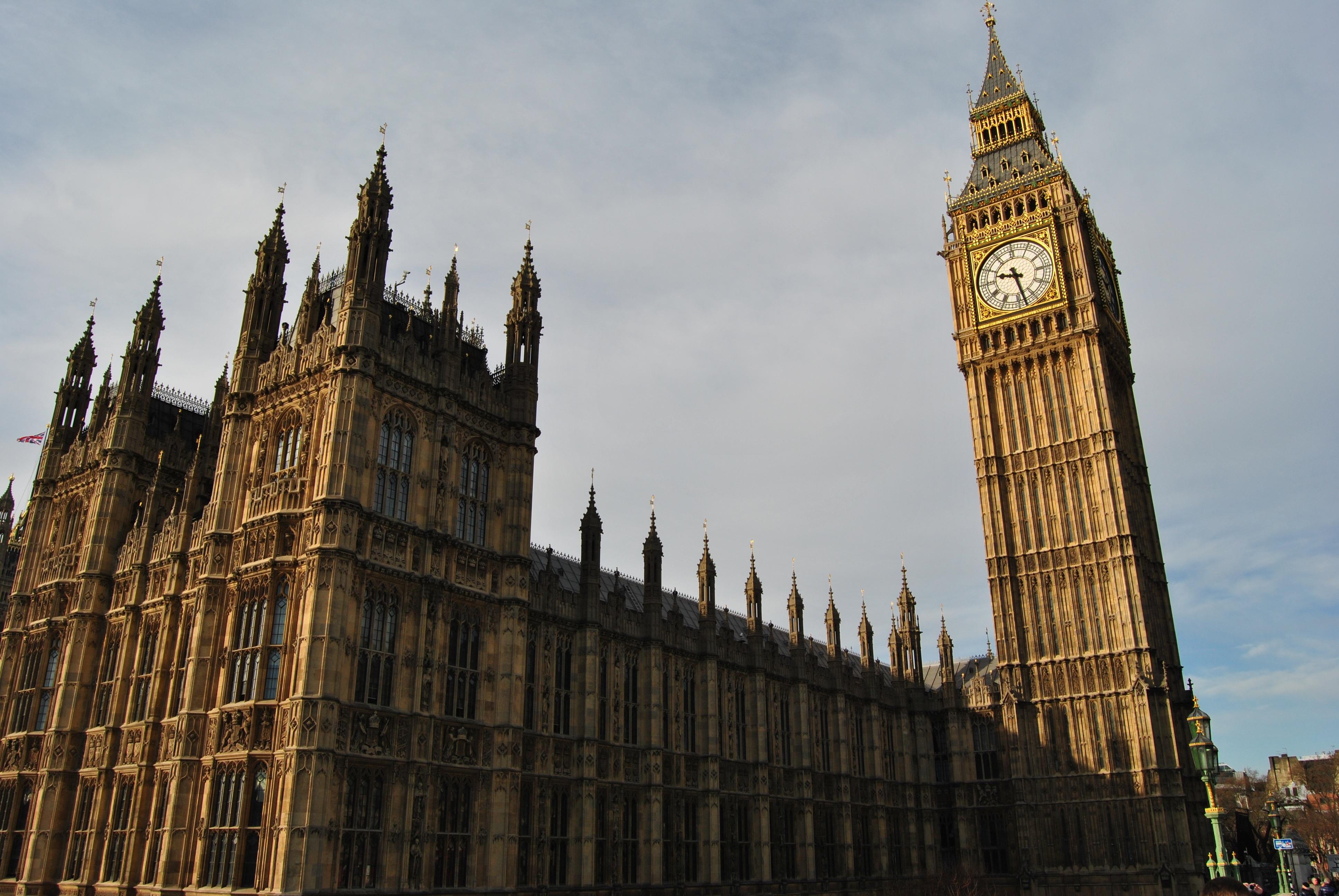 Kostenlose foto uhr die architektur geb ude turm - London architektur ...