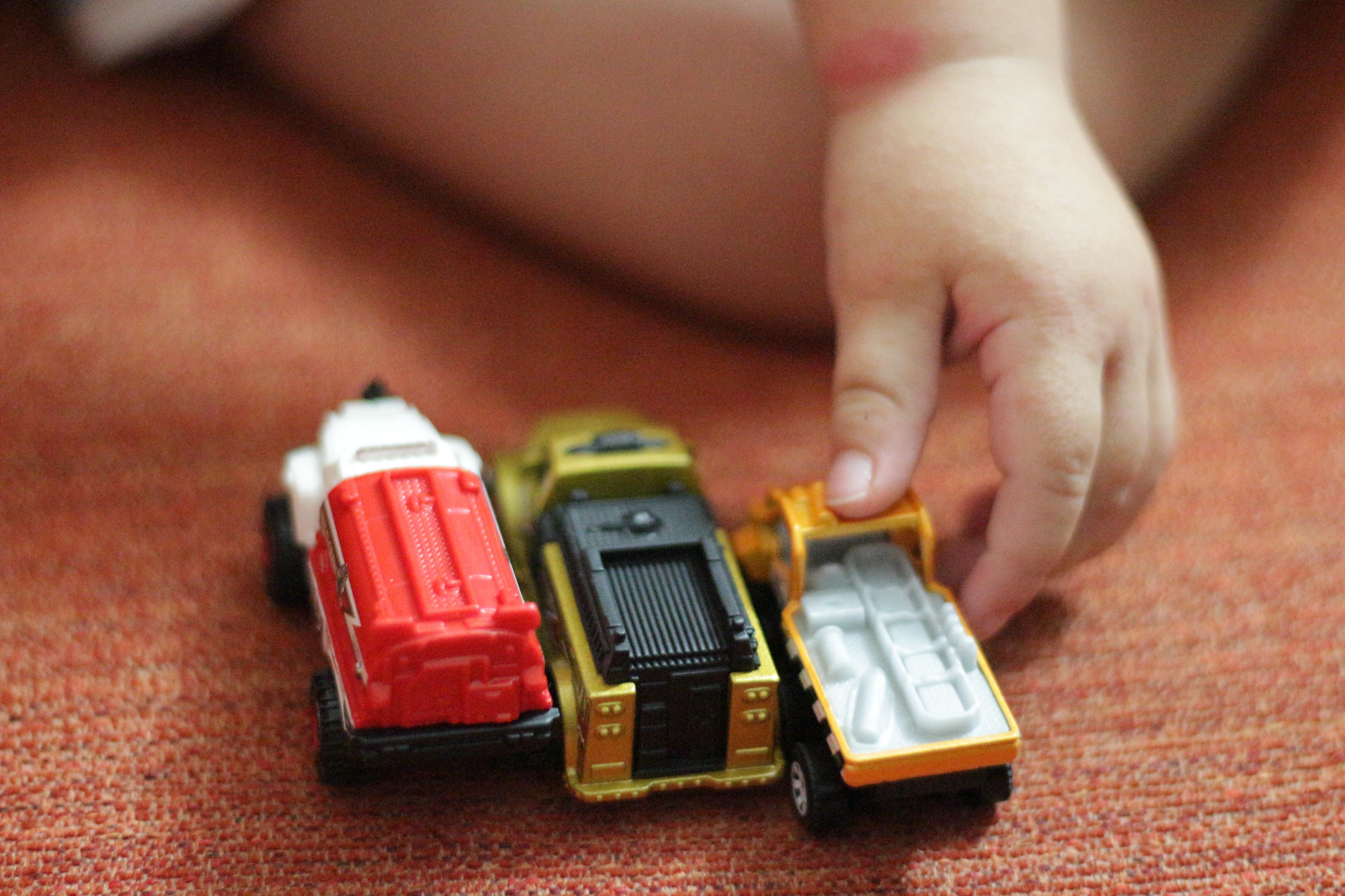 Gambar Menonton Teknologi Permainan Jari Merah Alat Telepon Koleksi Mainan Anak Tangan Genggam Mobil Perangkat Komunikasi Portabel