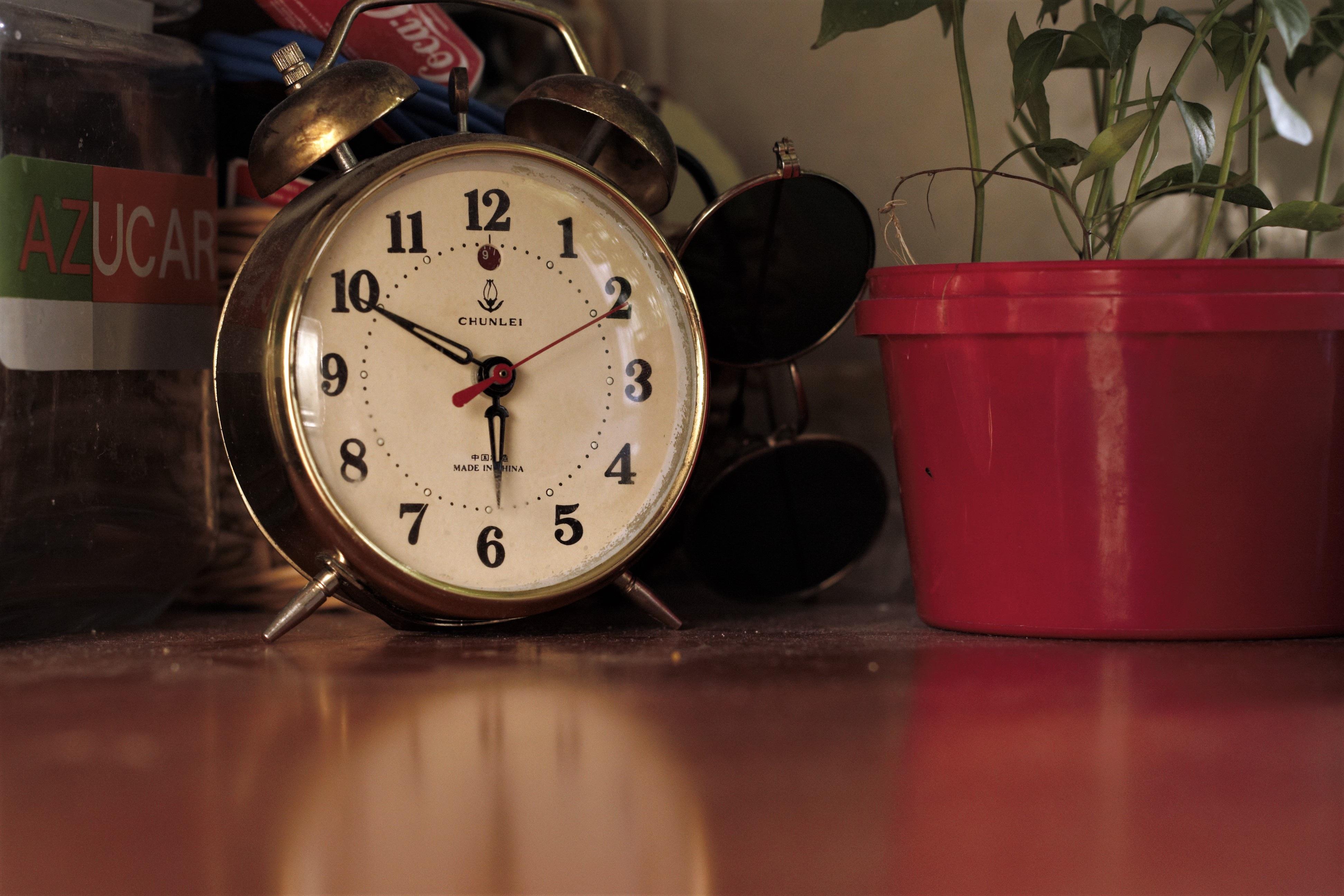Fotos Gratis Reloj Mano Vendimia Retro Hora N Mero  # Muebles Num Decoracion