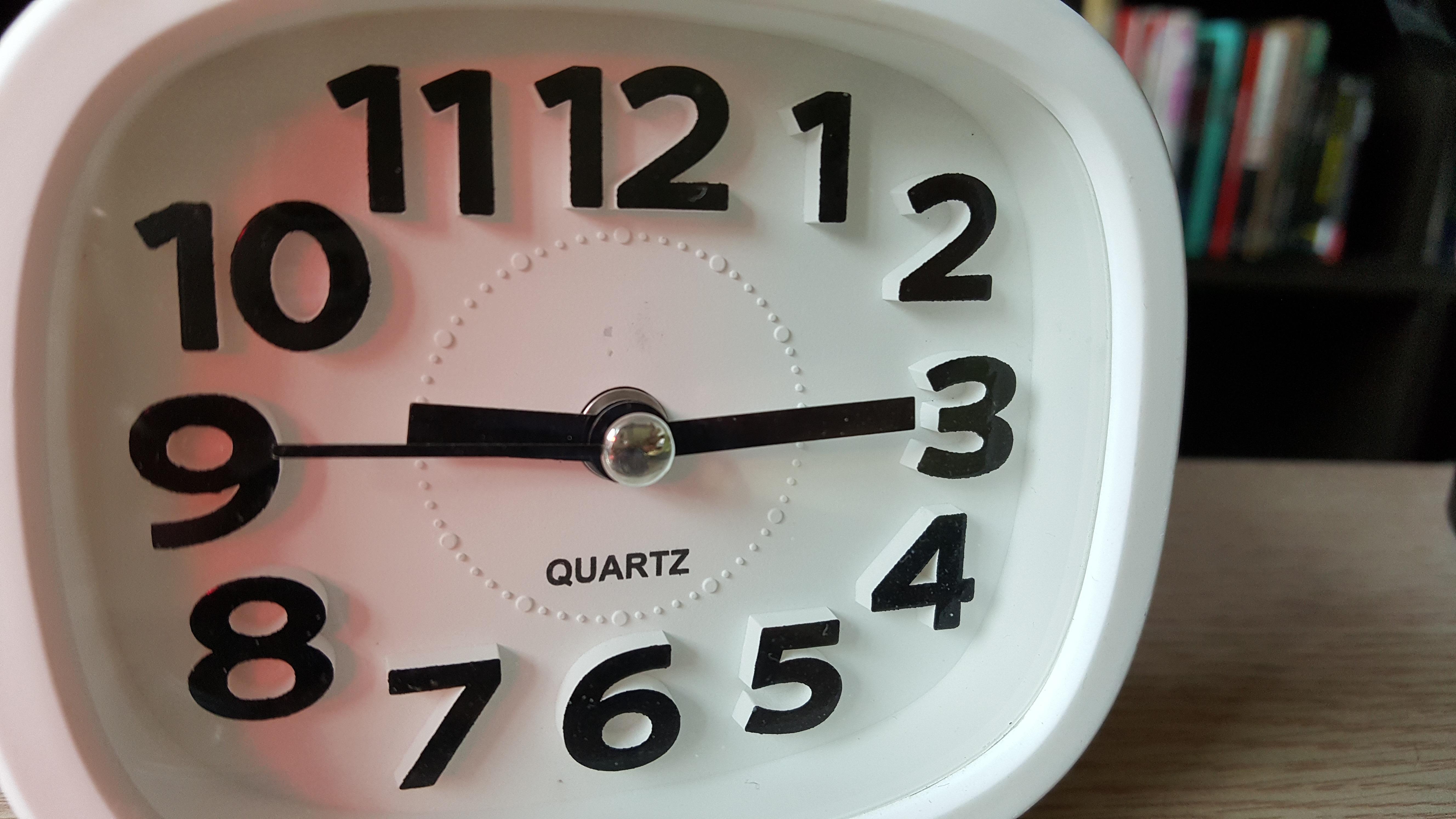 Fotos Gratis Reloj Mano Blanco Rueda Interior Hora N Mero  # Muebles Num Decoracion