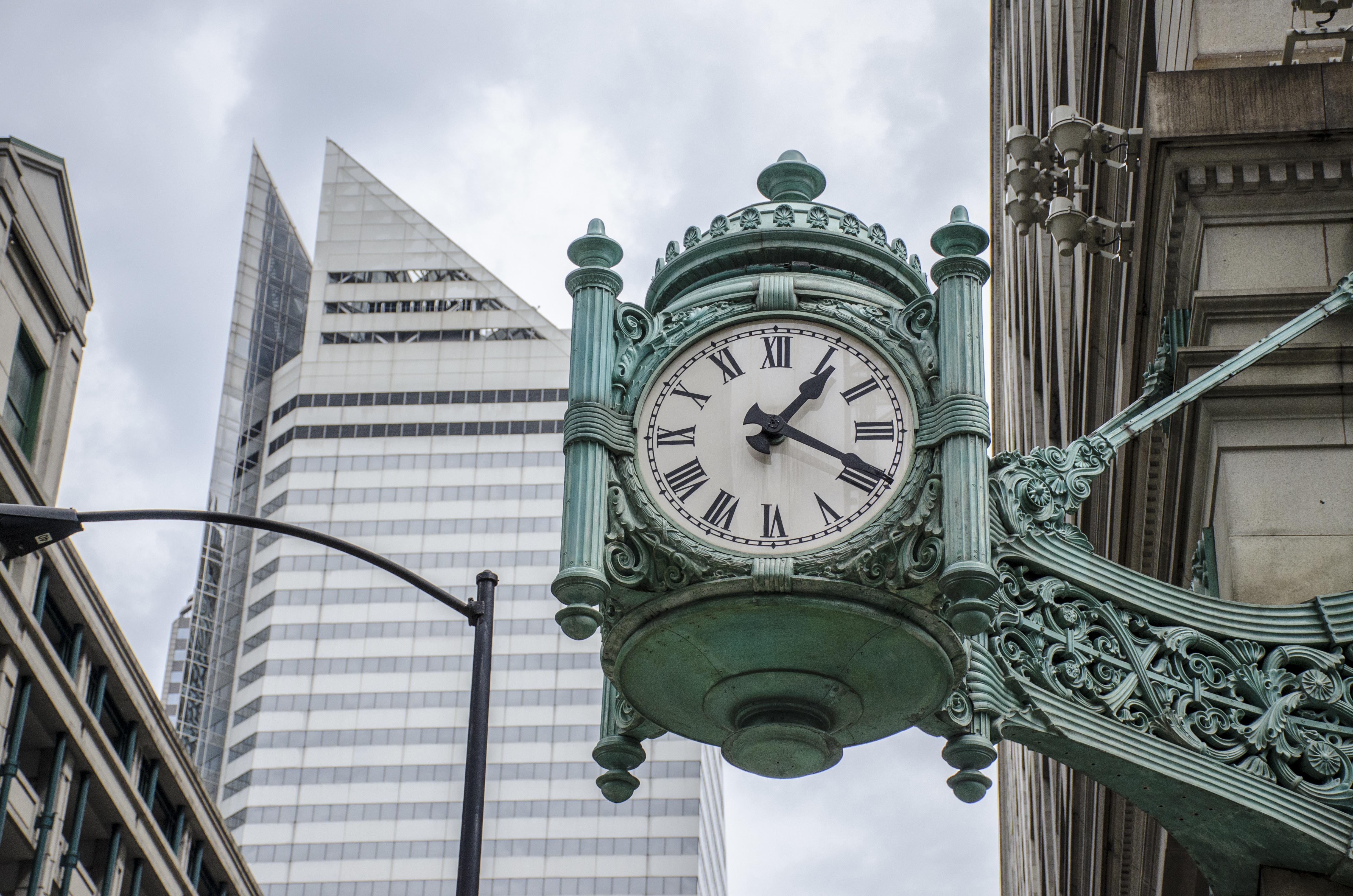 картинки городские часы украинской
