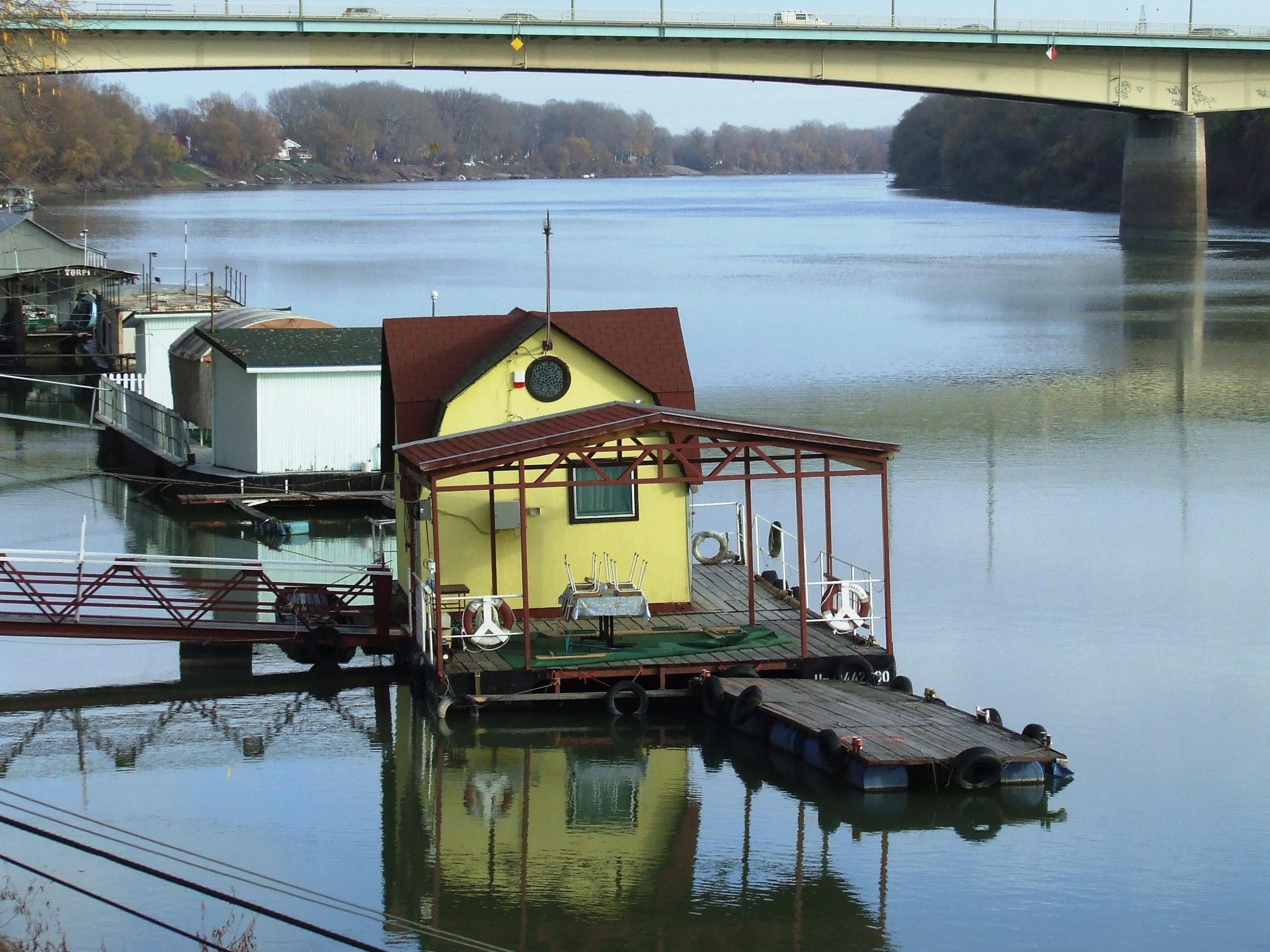 Fotos gratis : agua, muelle, barco, río, canal, enviar, transporte ...