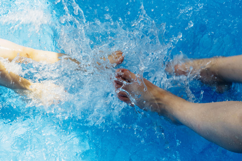 Fotos gratis Pies verano piscina ocio nadando nadador