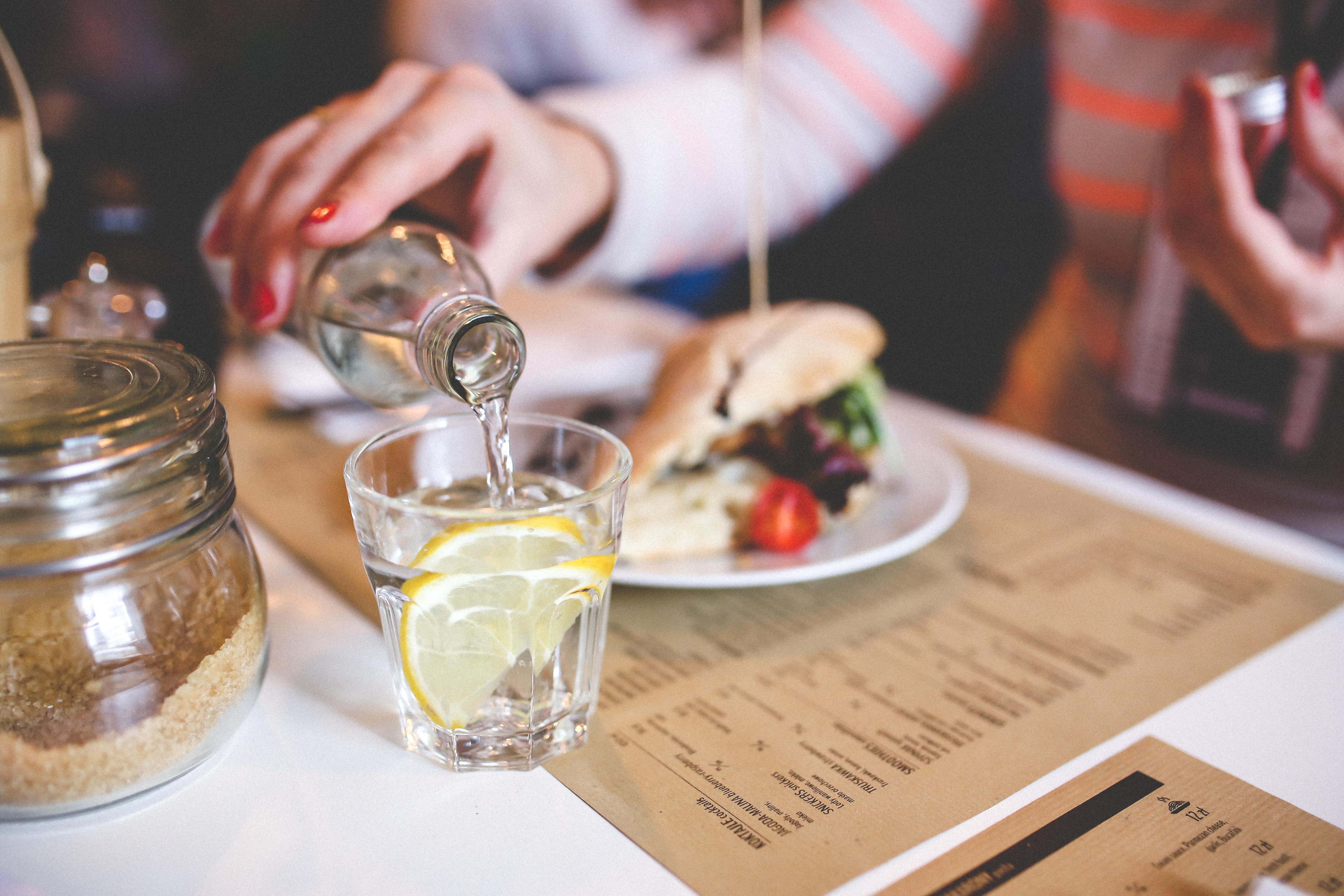 картинки еда пить боятся других
