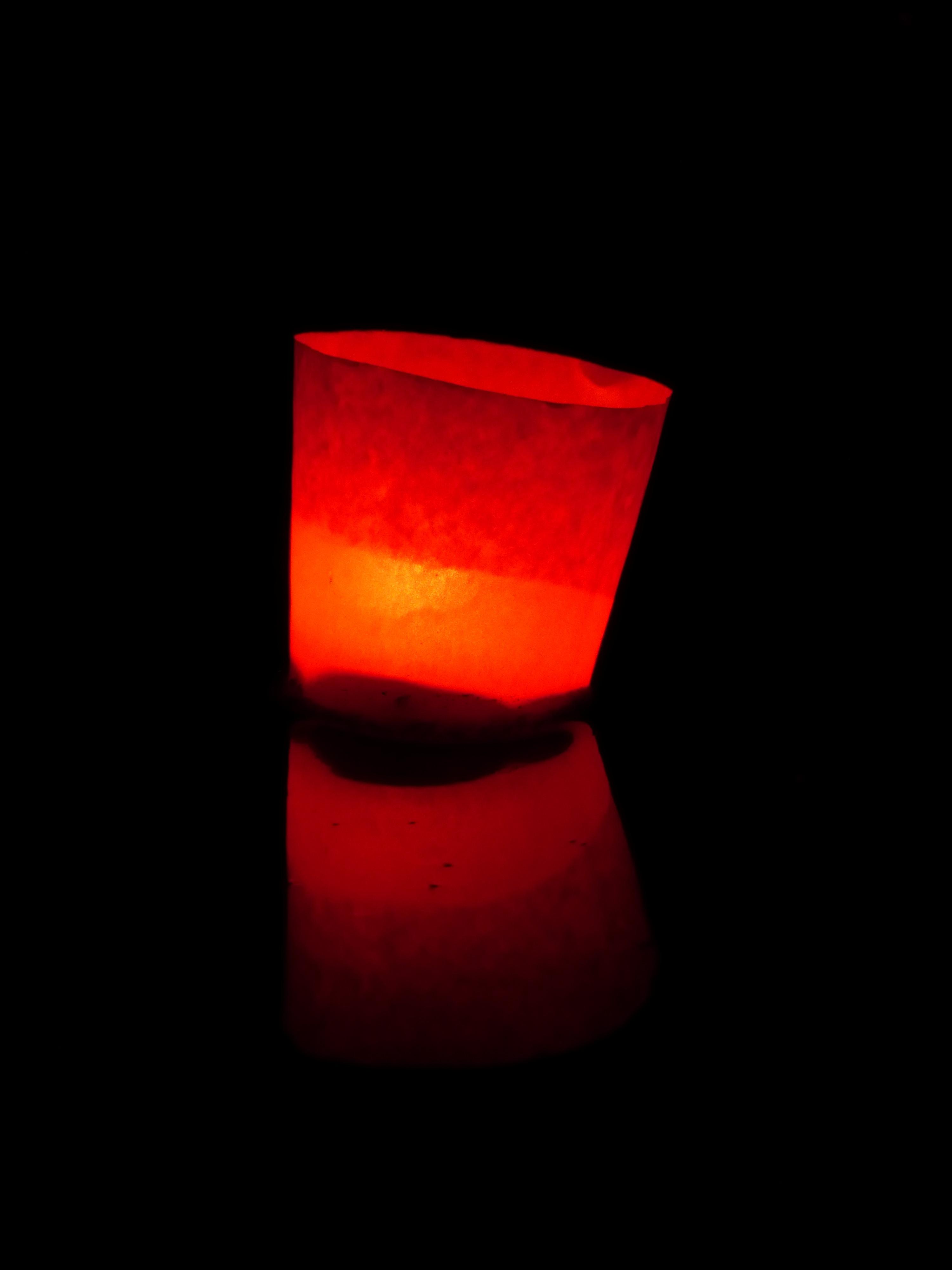 fotos gratis agua ligero noche ptalo atmsfera ro nadar amor rojo color llama romance oscuridad iluminacin calor larga exposicin