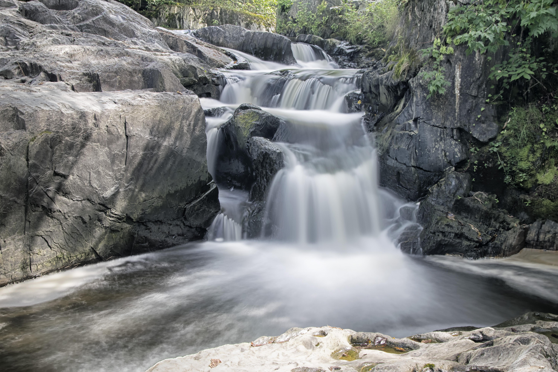 Fotos gratis naturaleza cascada r pido cuerpo de agua for Motor para cascada de agua