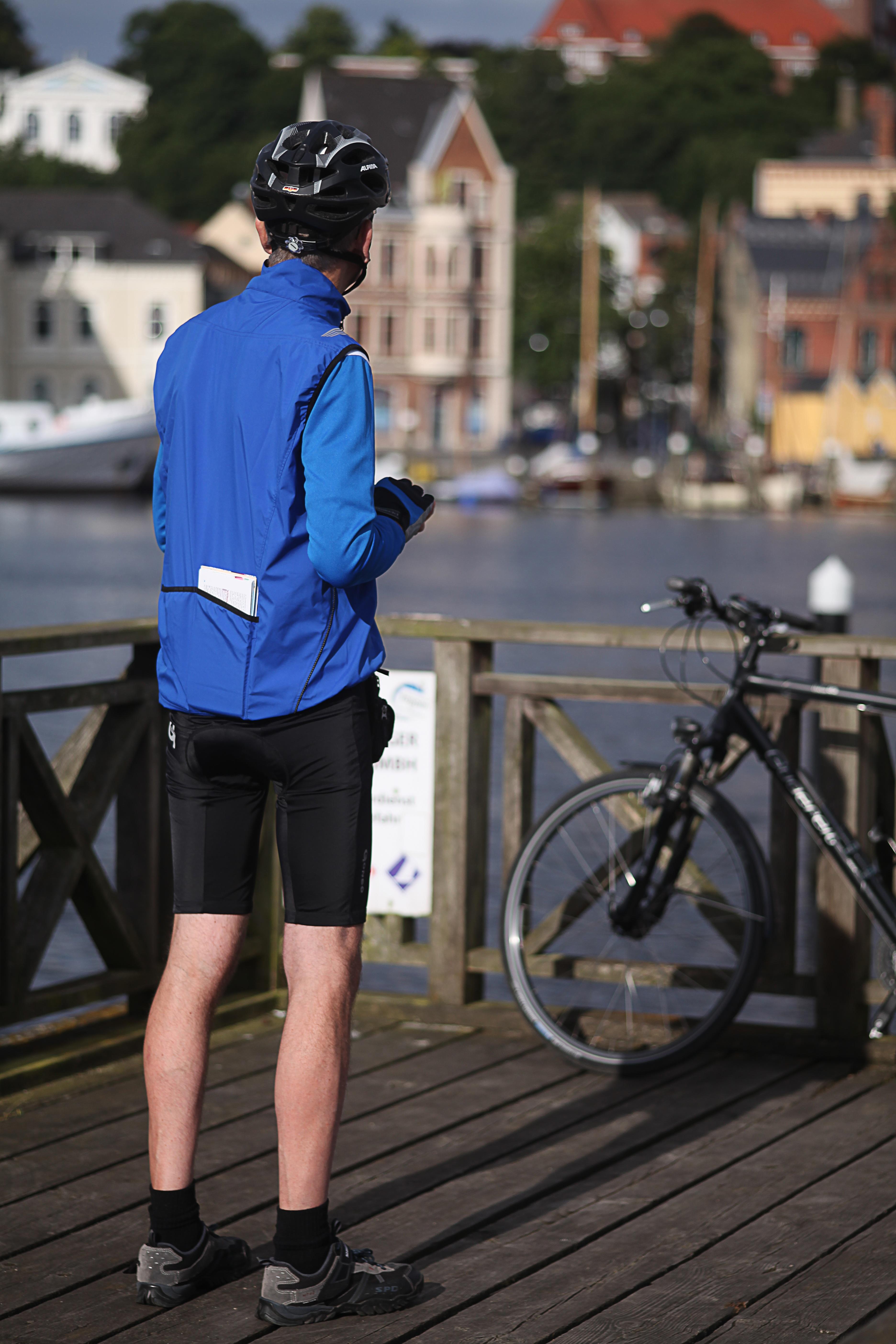 Kostenlose foto  Wasser Strae Morgen Fahrrad Tourist