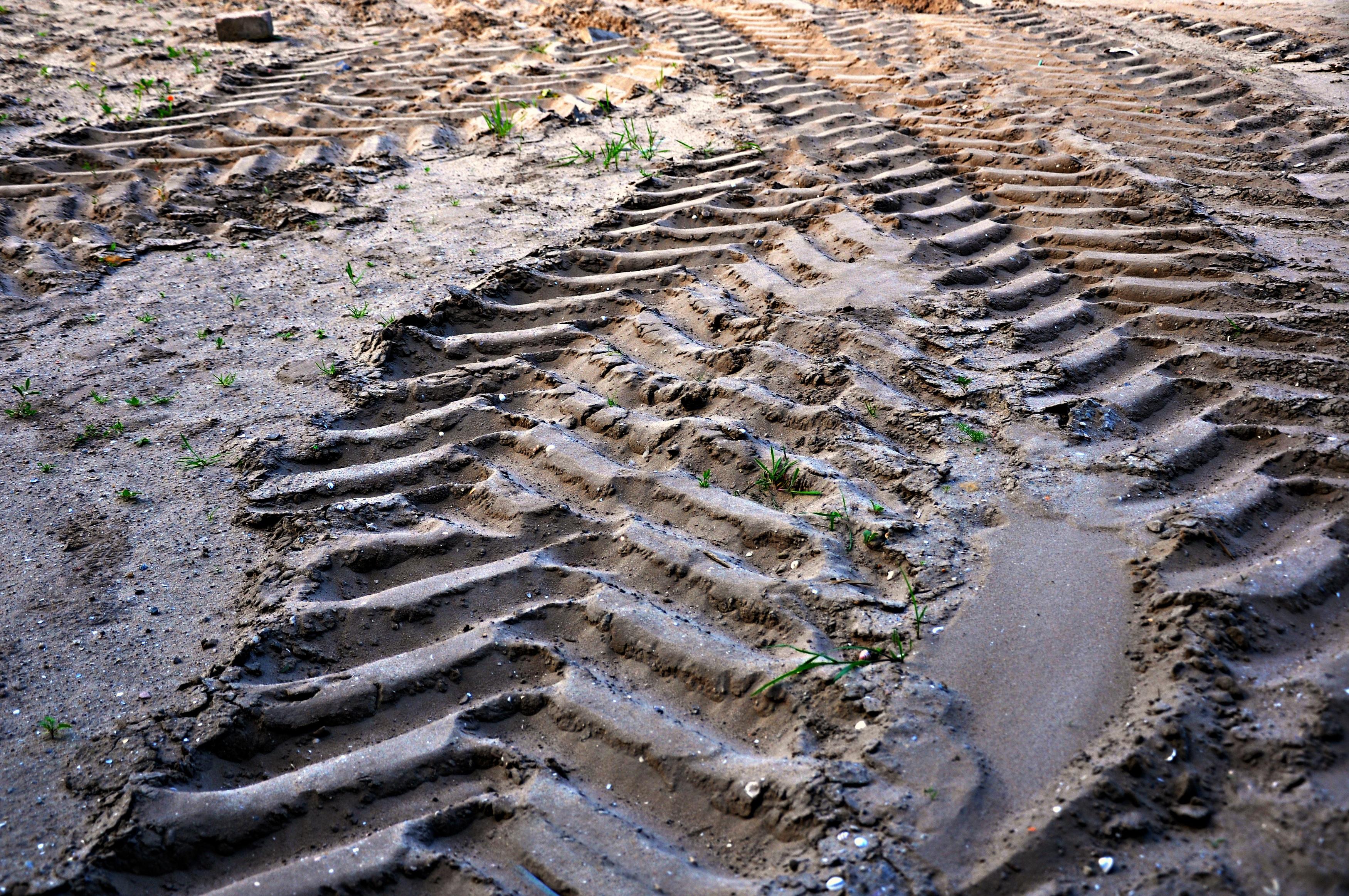 hình ảnh : Nước, đá, Hồ sơ, Xe, Đất, vật chất, Bài hát trên cát, Bài hát,  Địa chất, Dấu vết, vết bánh xe, chụp ảnh trên không, Hồ sơ lốp, ...