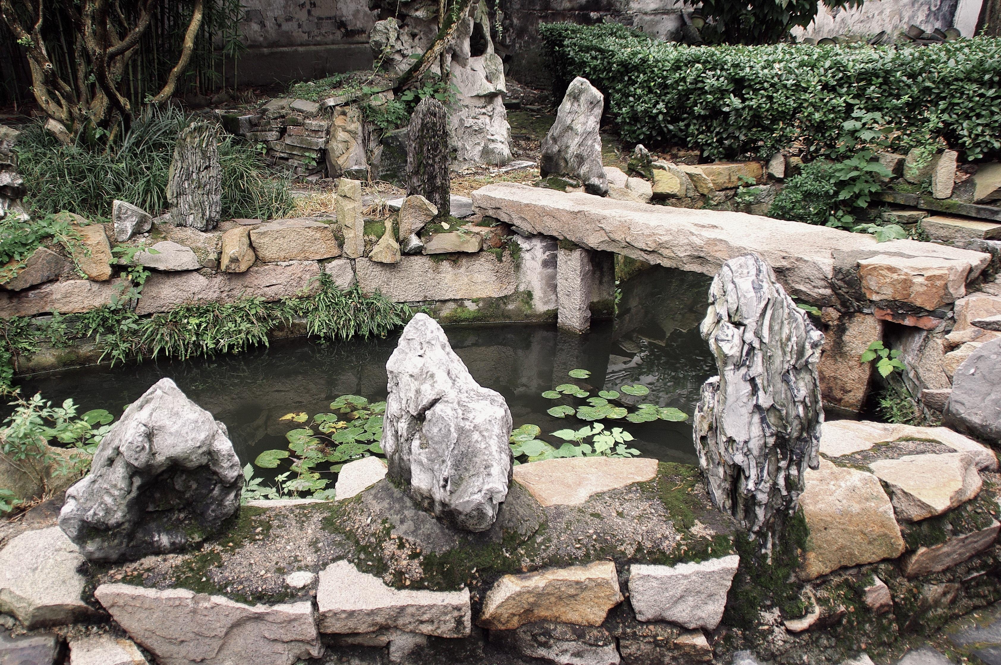 Fotos gratis rock pared estanque pared de piedra - Fuentes de piedra antiguas ...