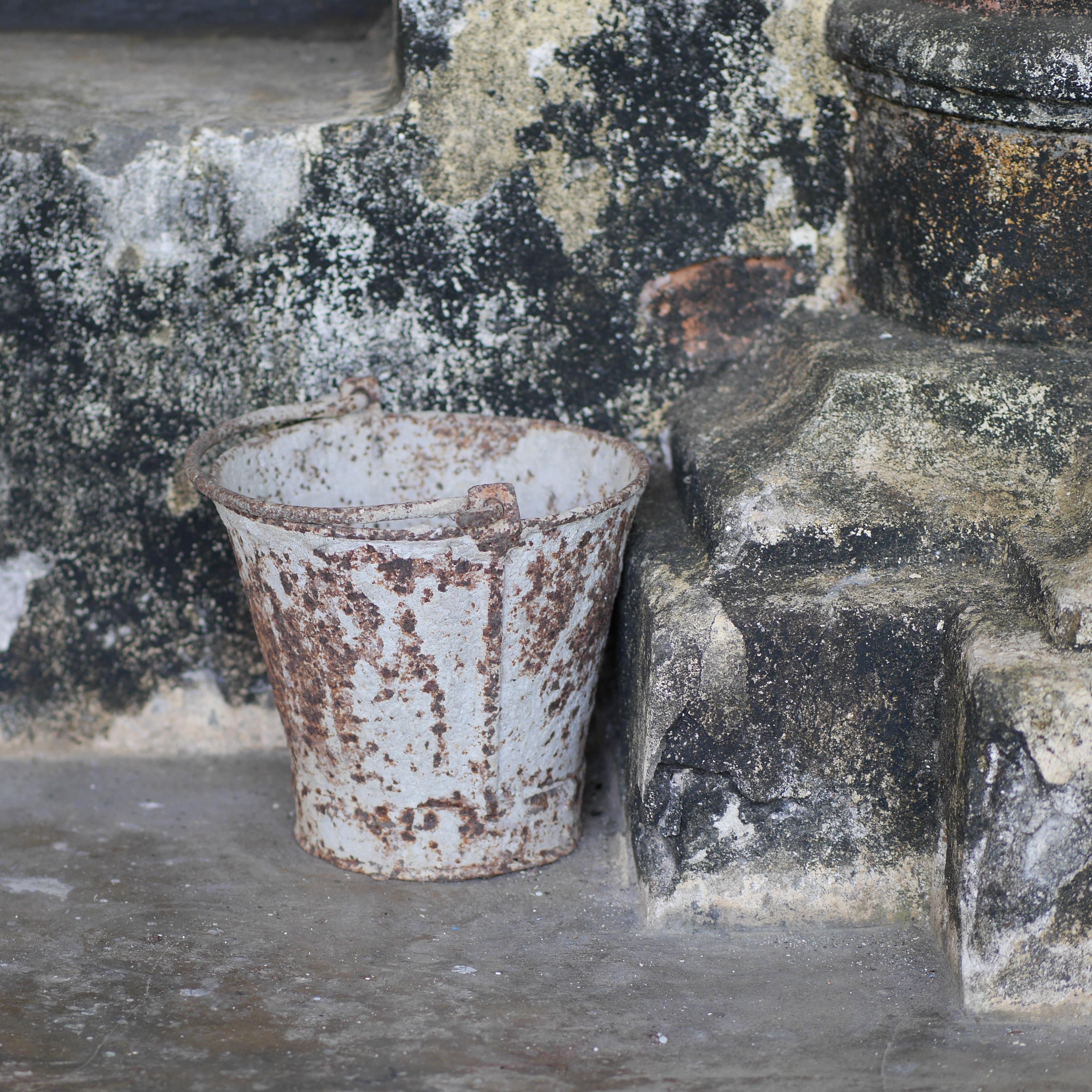 images gratuites eau roche bois vieux mur mat riel la peinture seau art temple. Black Bedroom Furniture Sets. Home Design Ideas