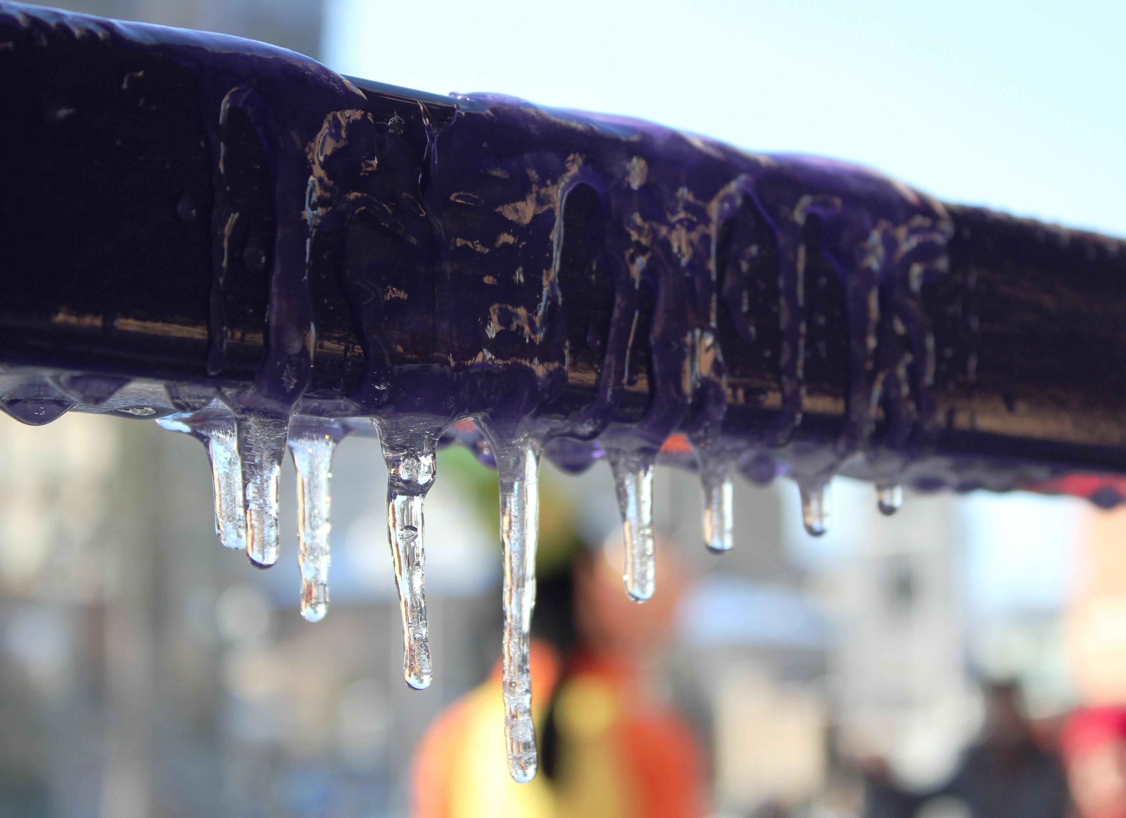 Fotos gratis : agua, invierno, hielo, color, congelado, Icicles ...