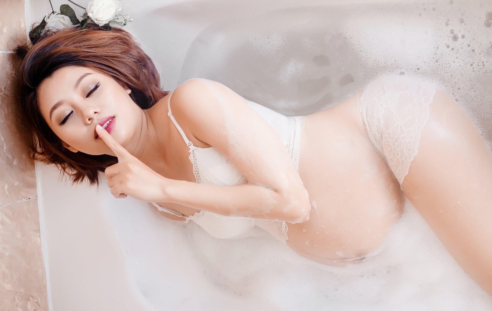 Japonia nagi model gorące filmy erotyczne nauczycieli