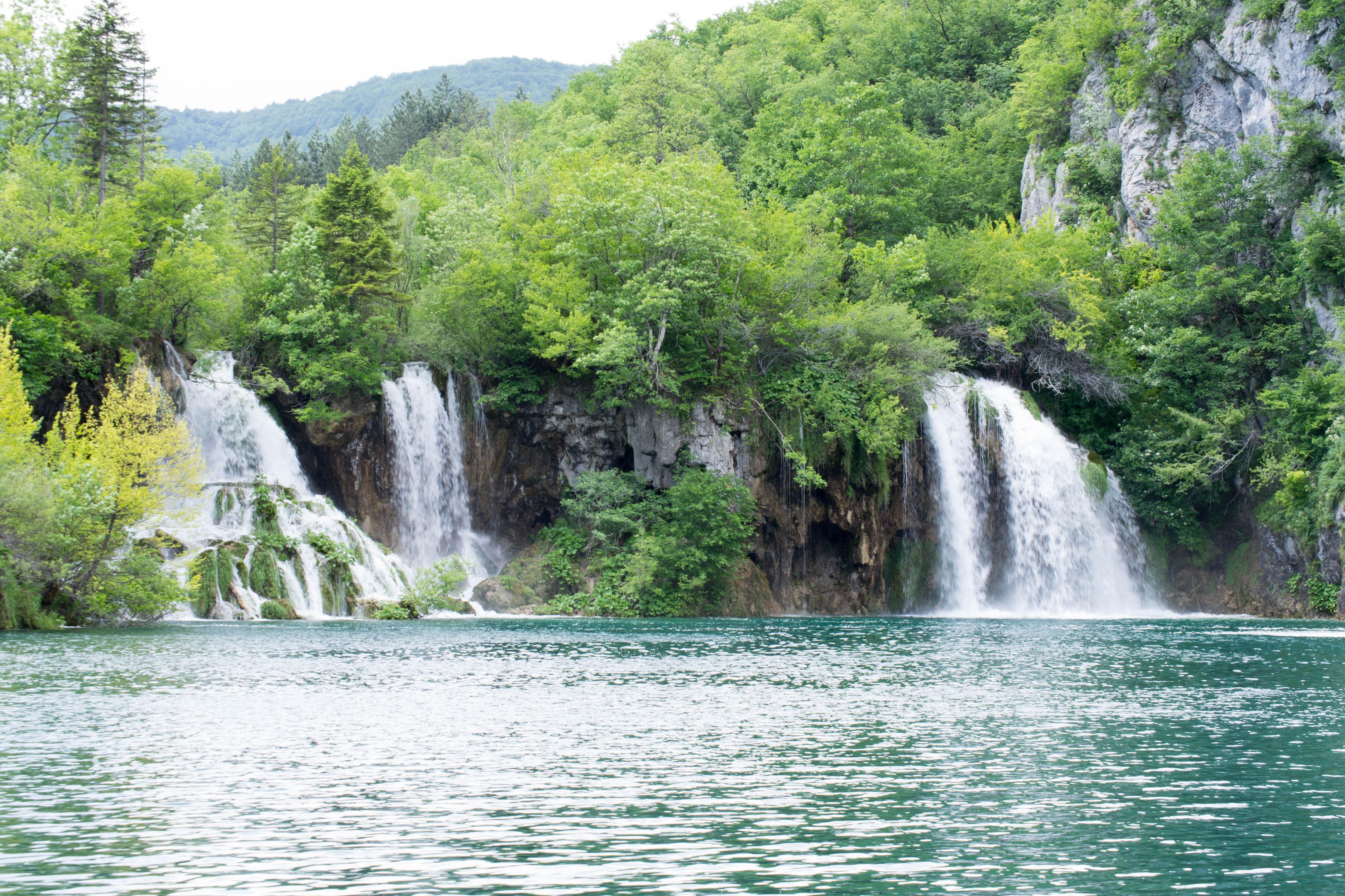 Fotos gratis cascada parque nacional cuerpo de agua for Fuente cascada agua