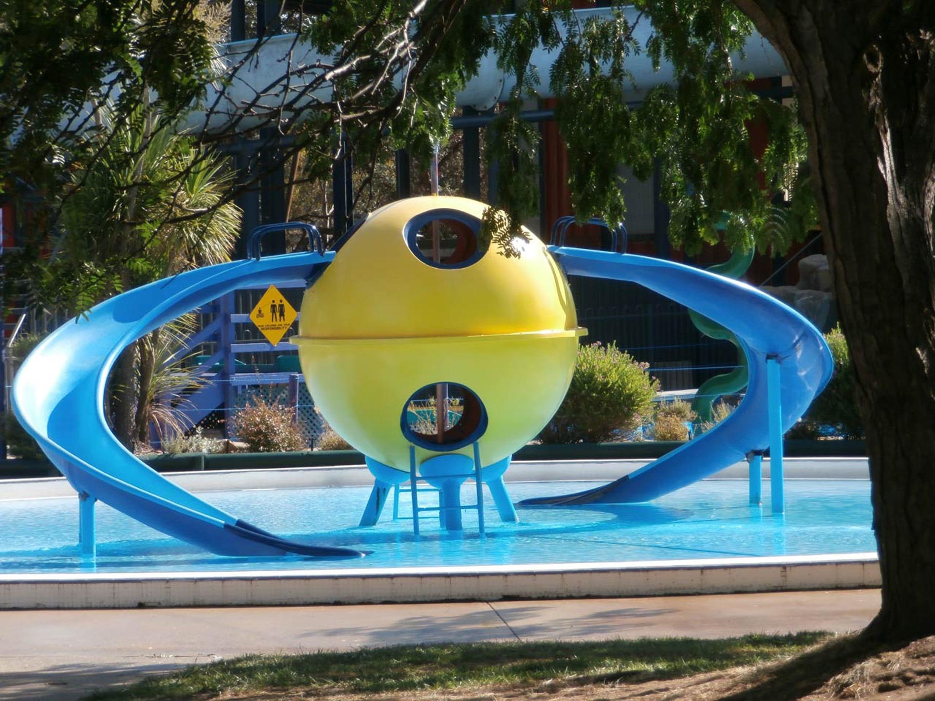 Wet Recreation Swim Amusement Park Splash Swimming Pool Leisure Fun Aqua Resort Waterpark Water