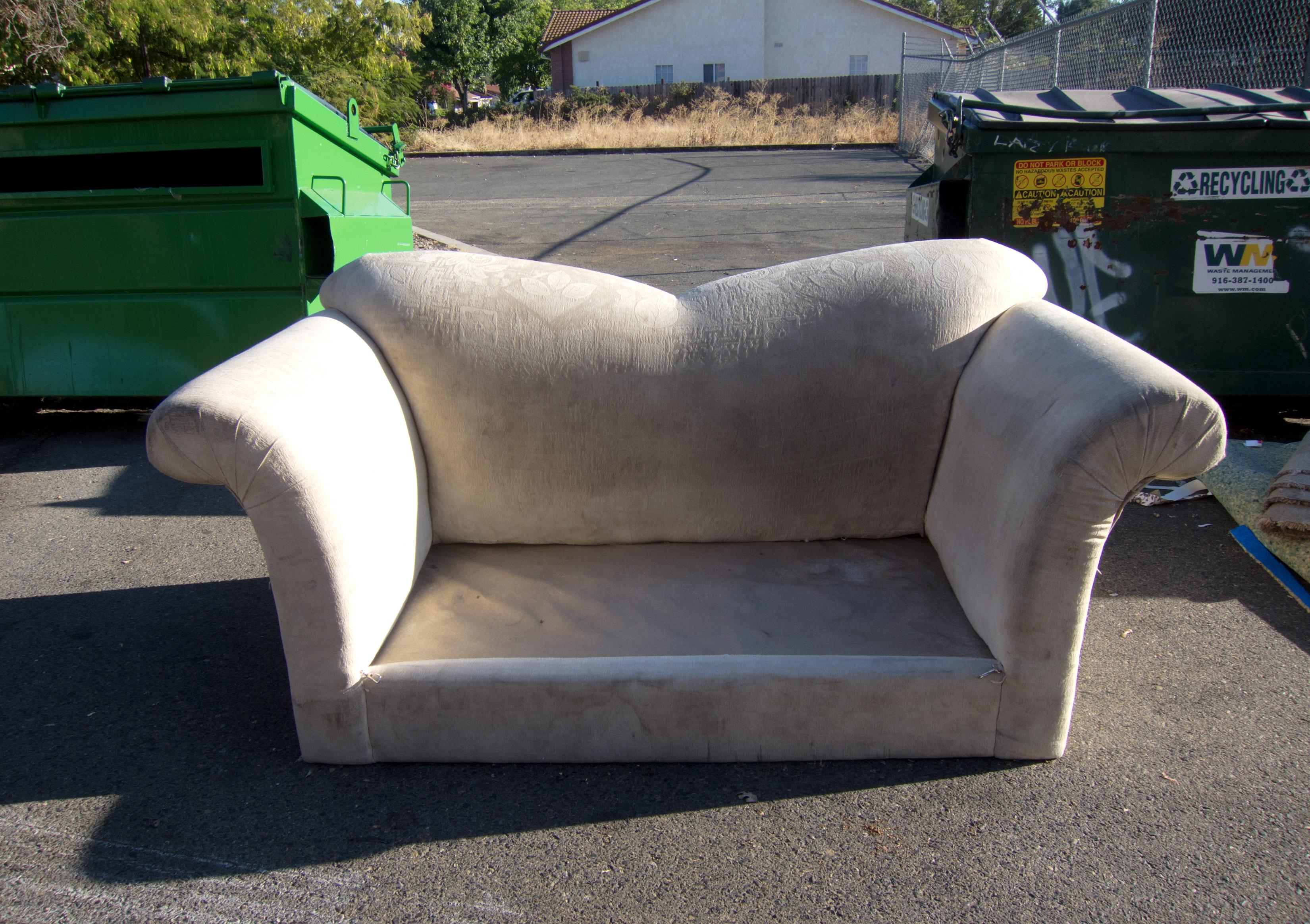 Wheel Asphalt Vehicle Furniture Sofa Bumper Free Trash Garbage Loveseat  Automotive Exterior