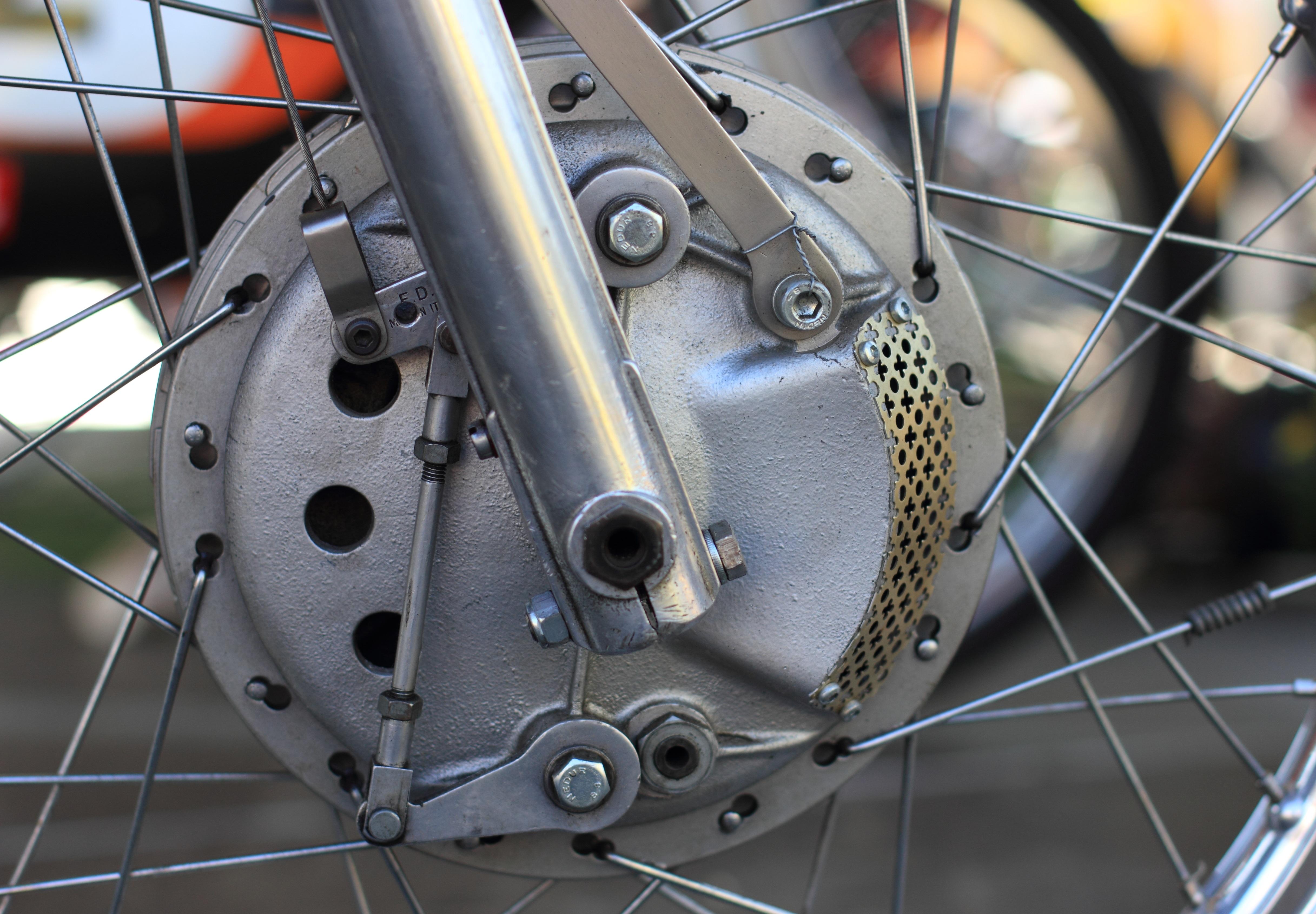 Kostenlose foto : Rad, Treffen, Fahrzeug, Speiche, Motorrad, Trommel ...