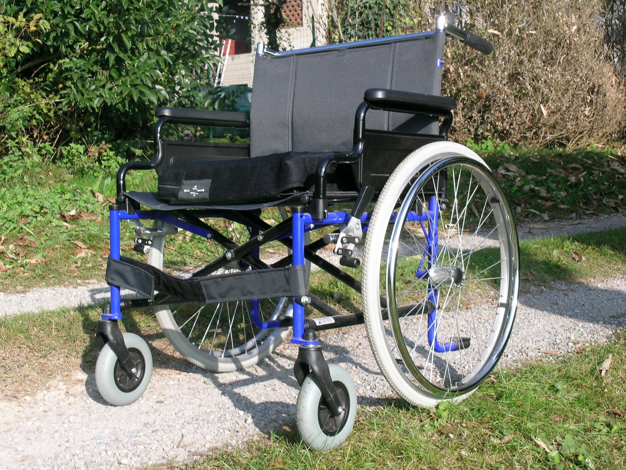 silla de ruedas traduccion