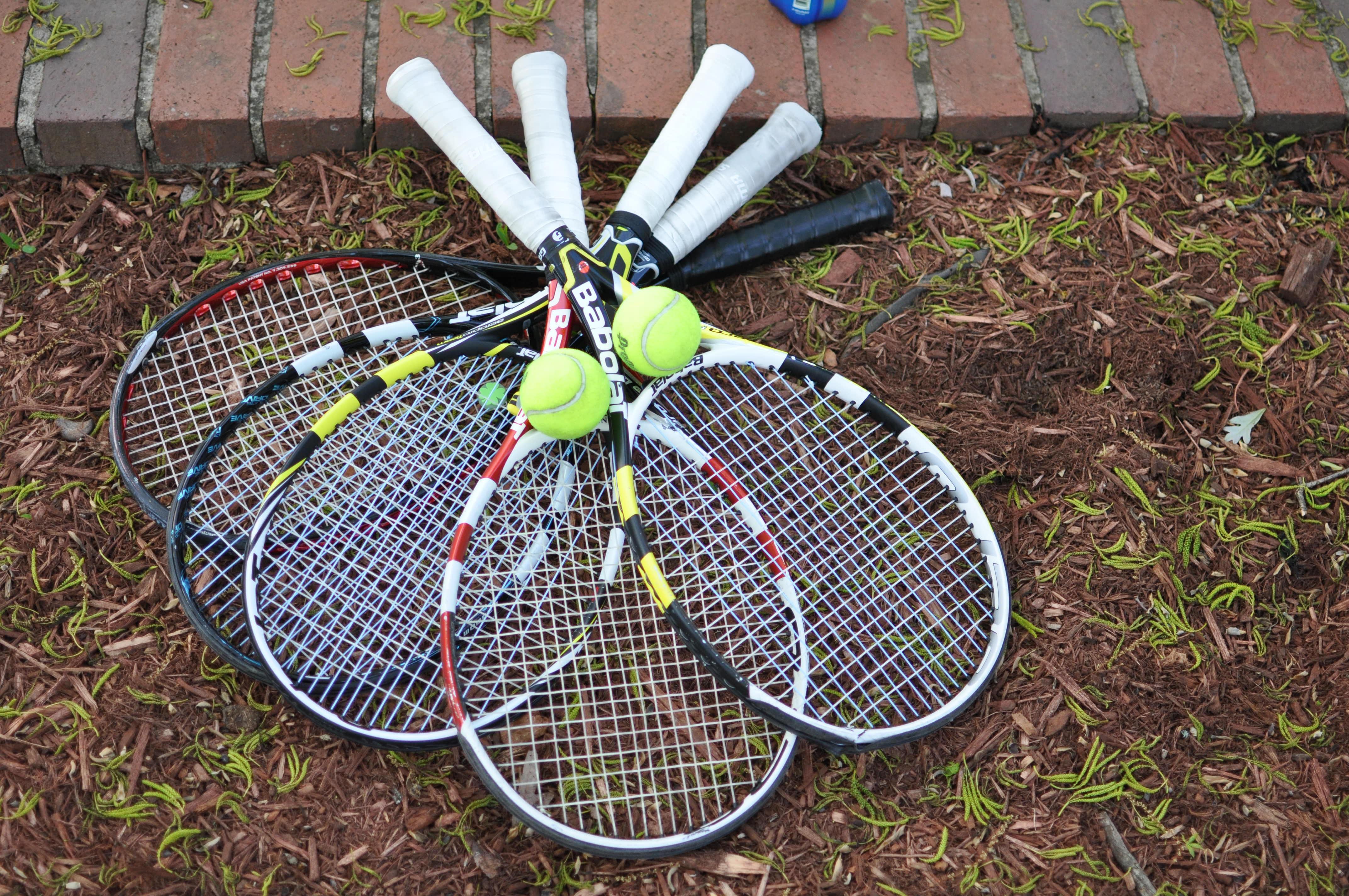 fb108a17 Bildet : hjul, utstyr, sportsutstyr, tennis, sport, nett, baller ...