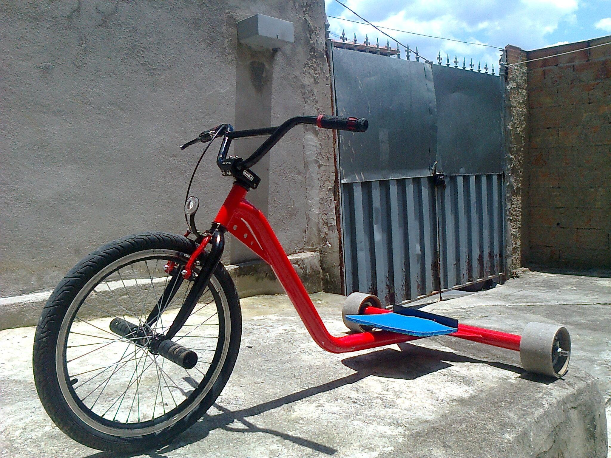 Fotos gratis : rueda, triciclo, vehículo, equipo deportivo ...