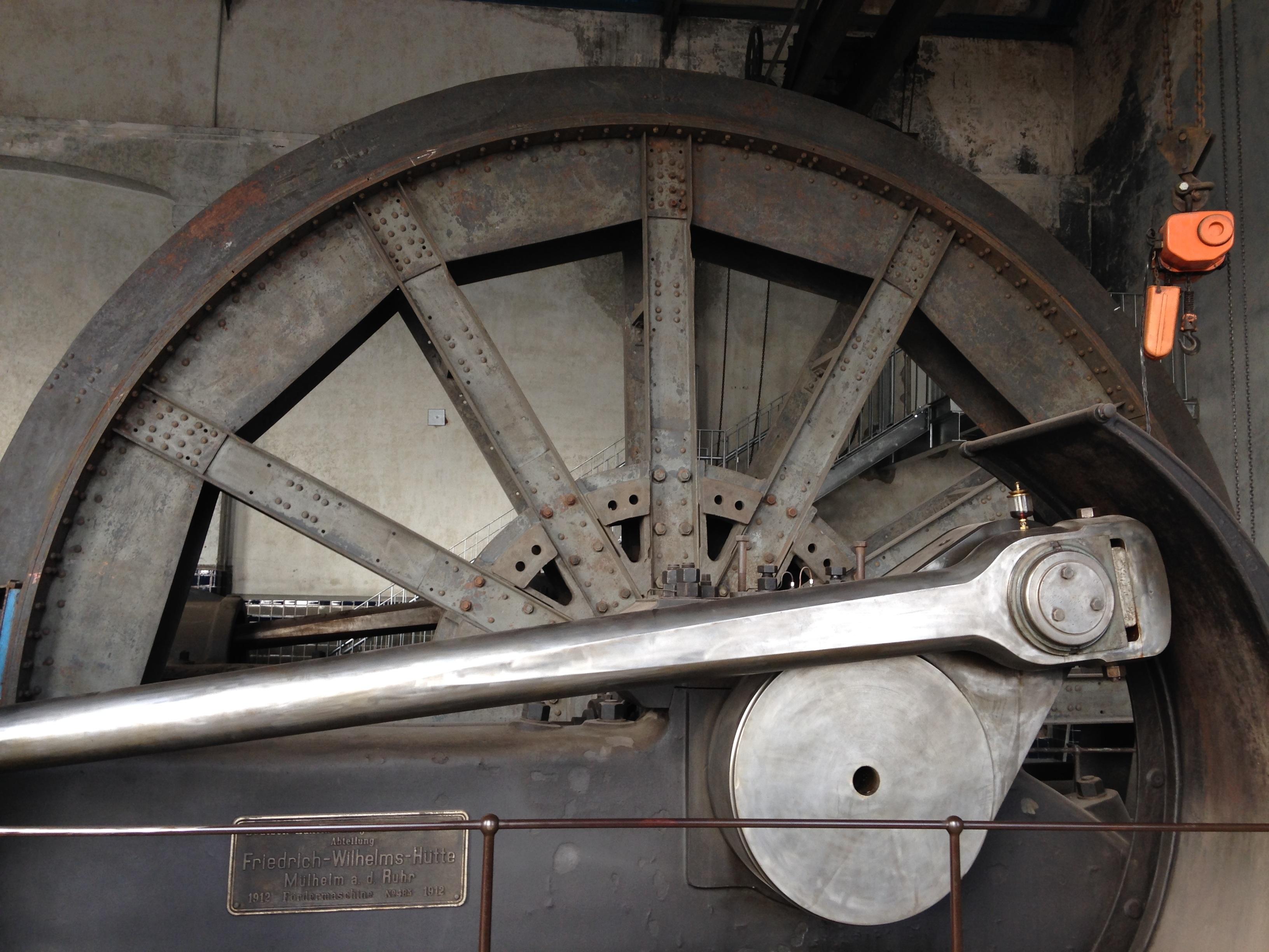 Kostenlose foto : Rad, Fahrzeug, Speiche, Maschine, Industrie ...