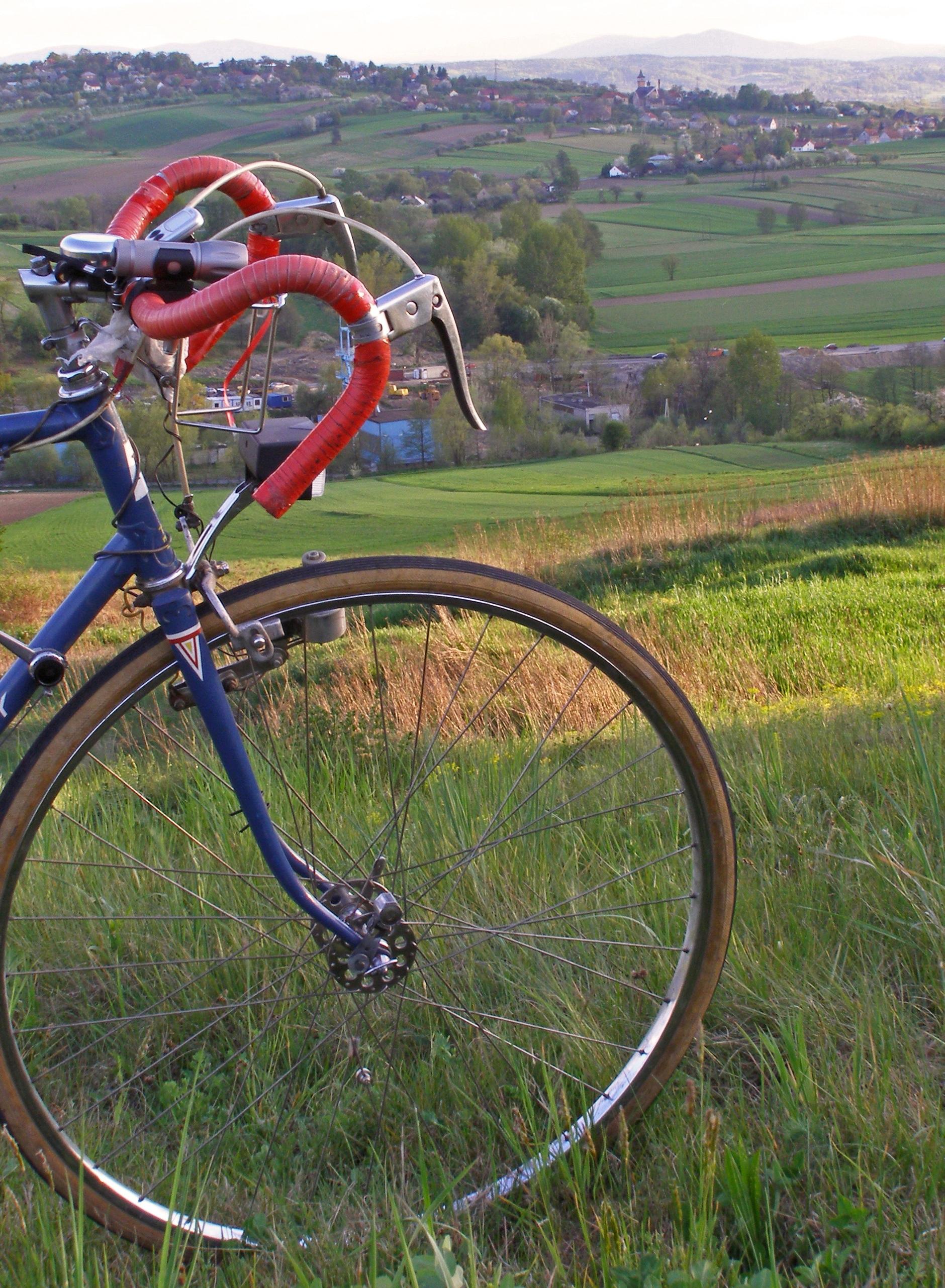 Kostenlose foto : Rad, Aussicht, Fahrzeug, Lenkrad, Sportausrüstung ...