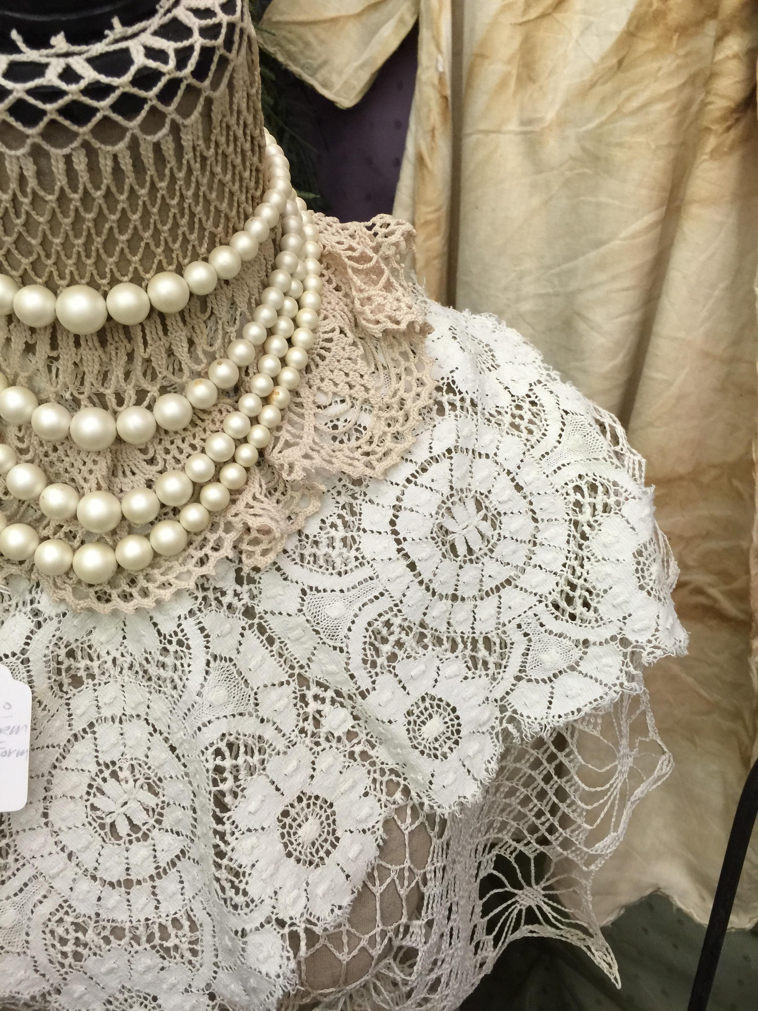 Fotos gratis : blanco, antiguo, hembra, patrón, cordón, ropa ...