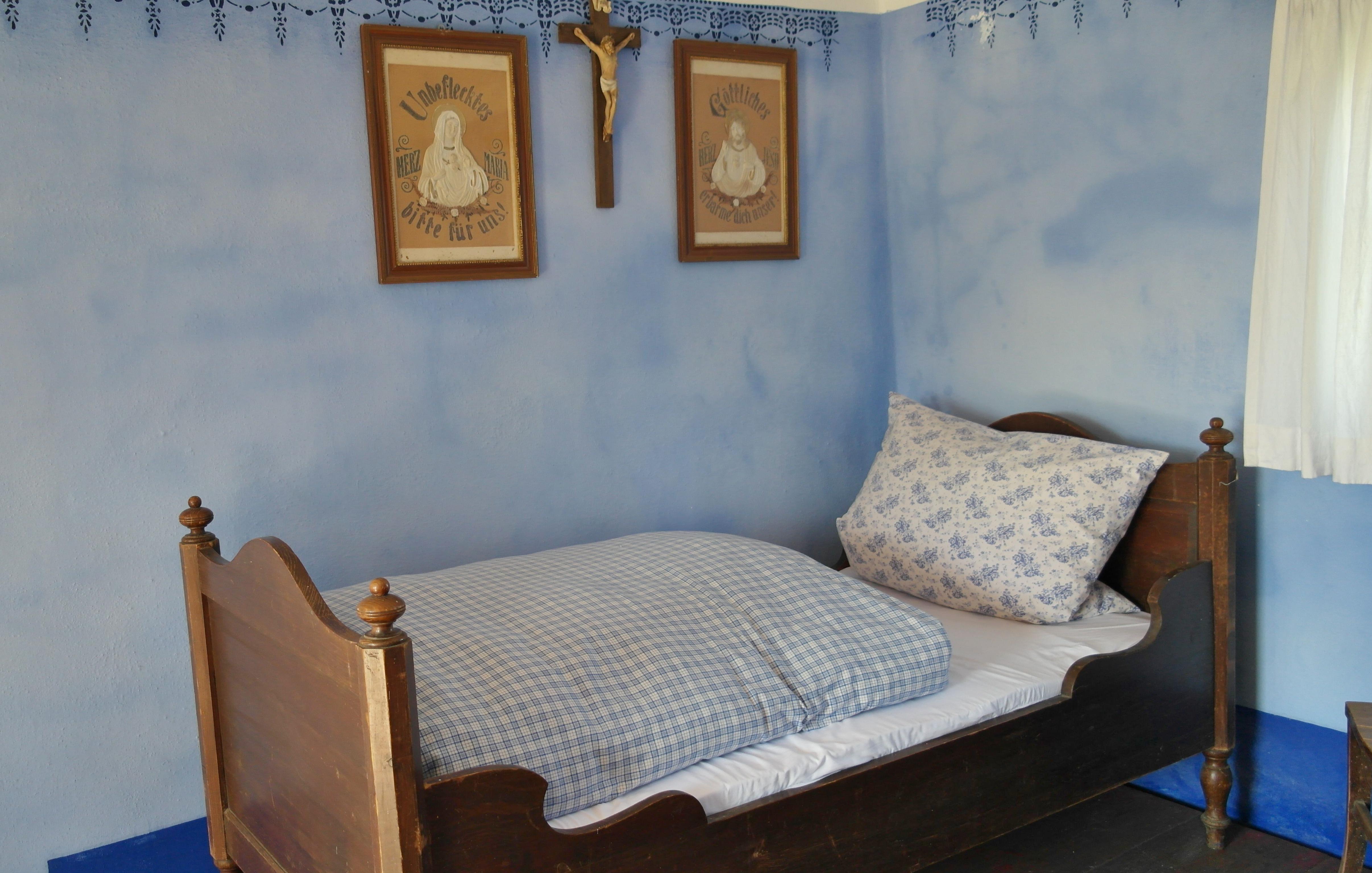 Fotos gratis : blanco, antiguo, villa, casa, edificio, cabaña ...