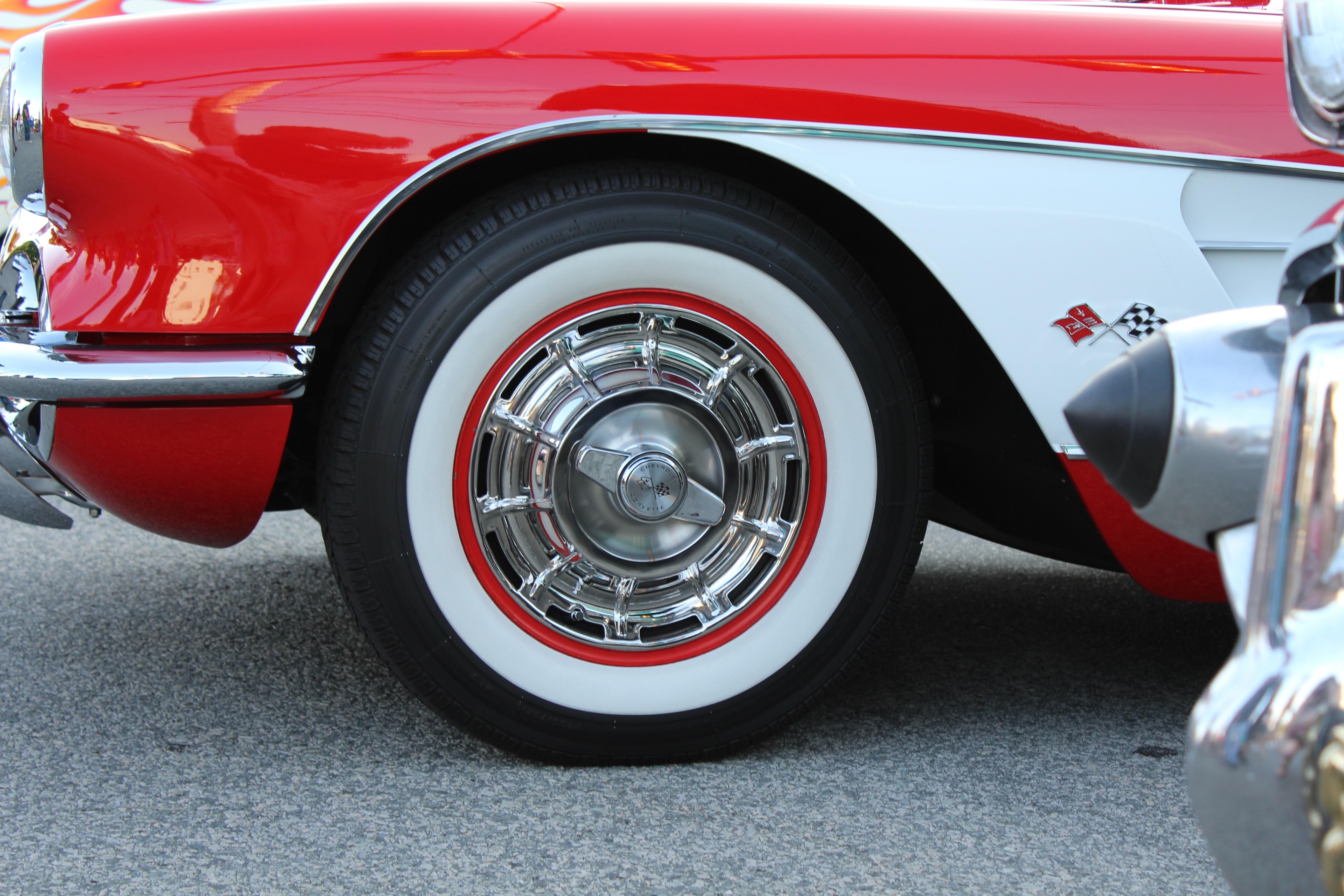 Fotos gratis : blanco, vendimia, rueda, Retro, rojo, vehículo ...