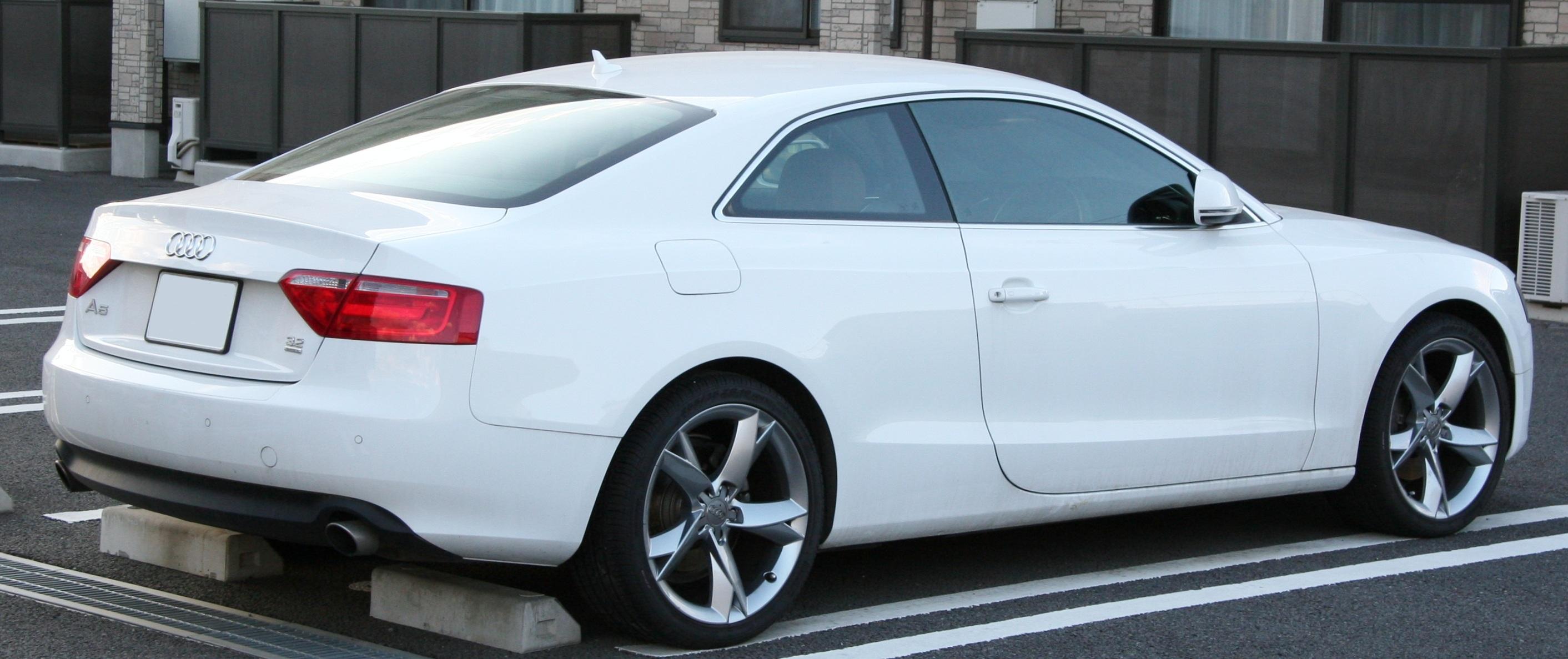 Free white wheel model sports car bumper rim new