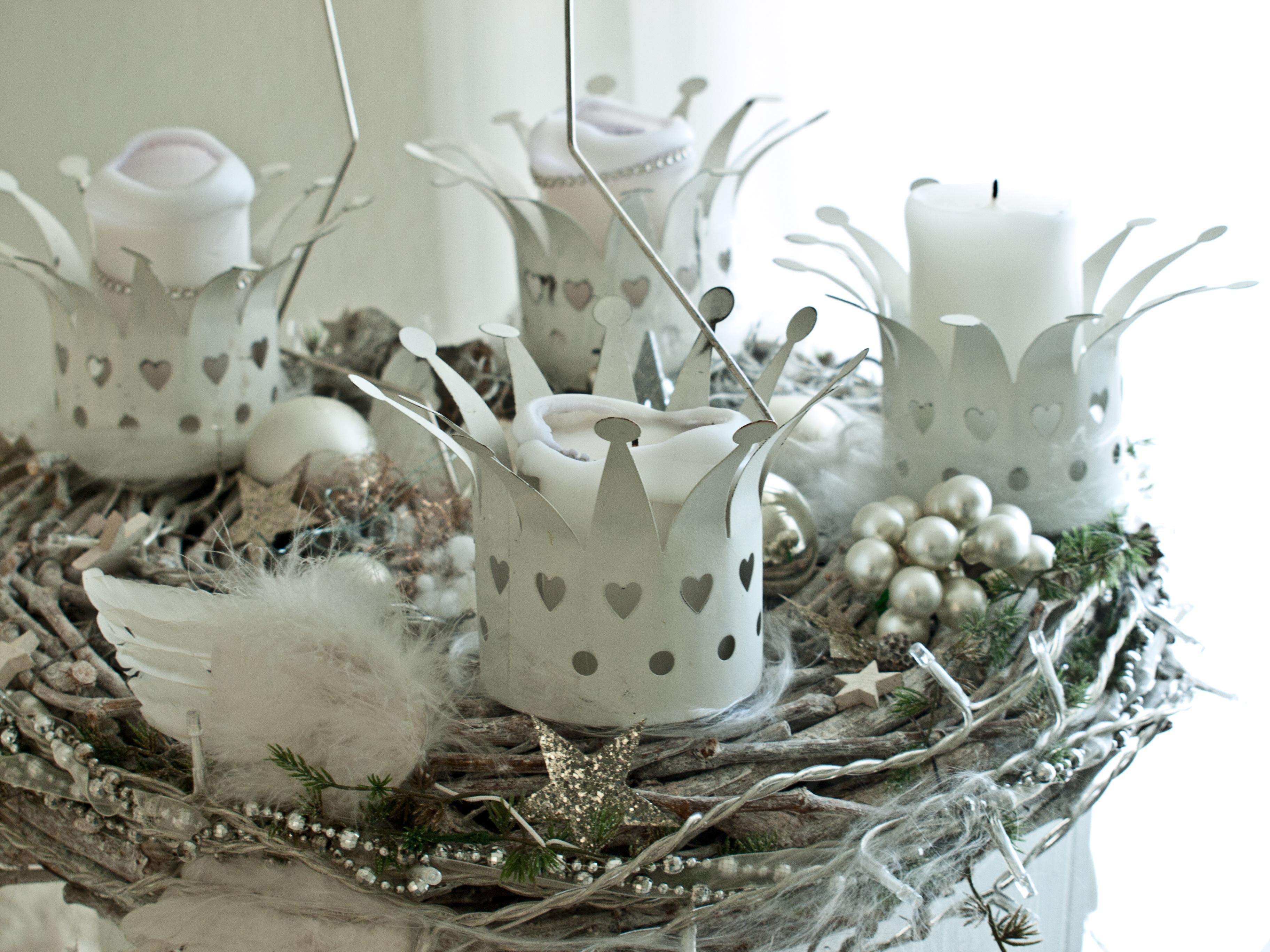 Free images white flower lighting christmas wreath deco free images white flower lighting christmas wreath deco christmas decoration christmas time festival holidays 4 noel xmas festive decorations mightylinksfo