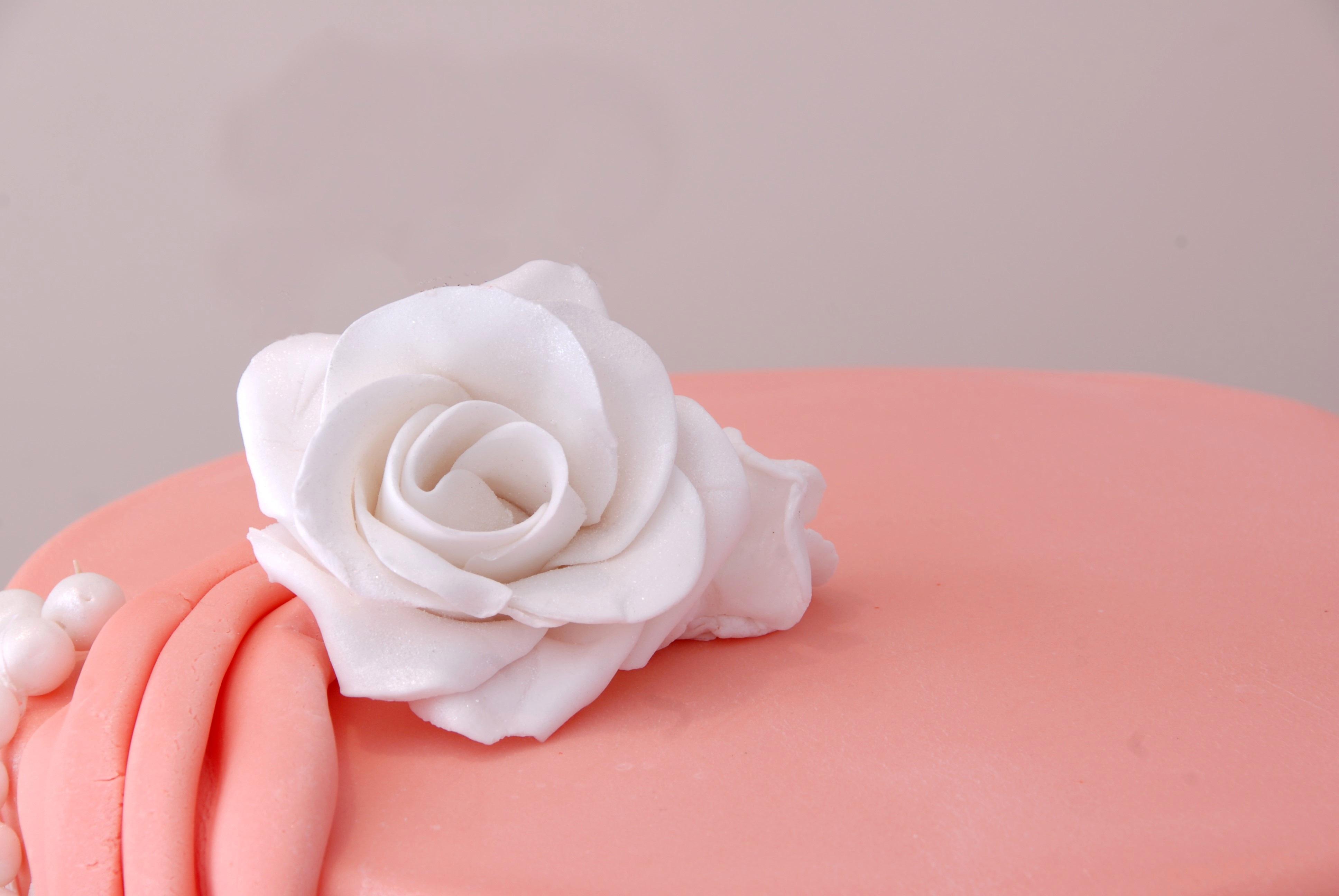blanco flor ptalo corazn rosa decoracin comida rosado postre pastel formacin de hielo fiesta decorado fondant