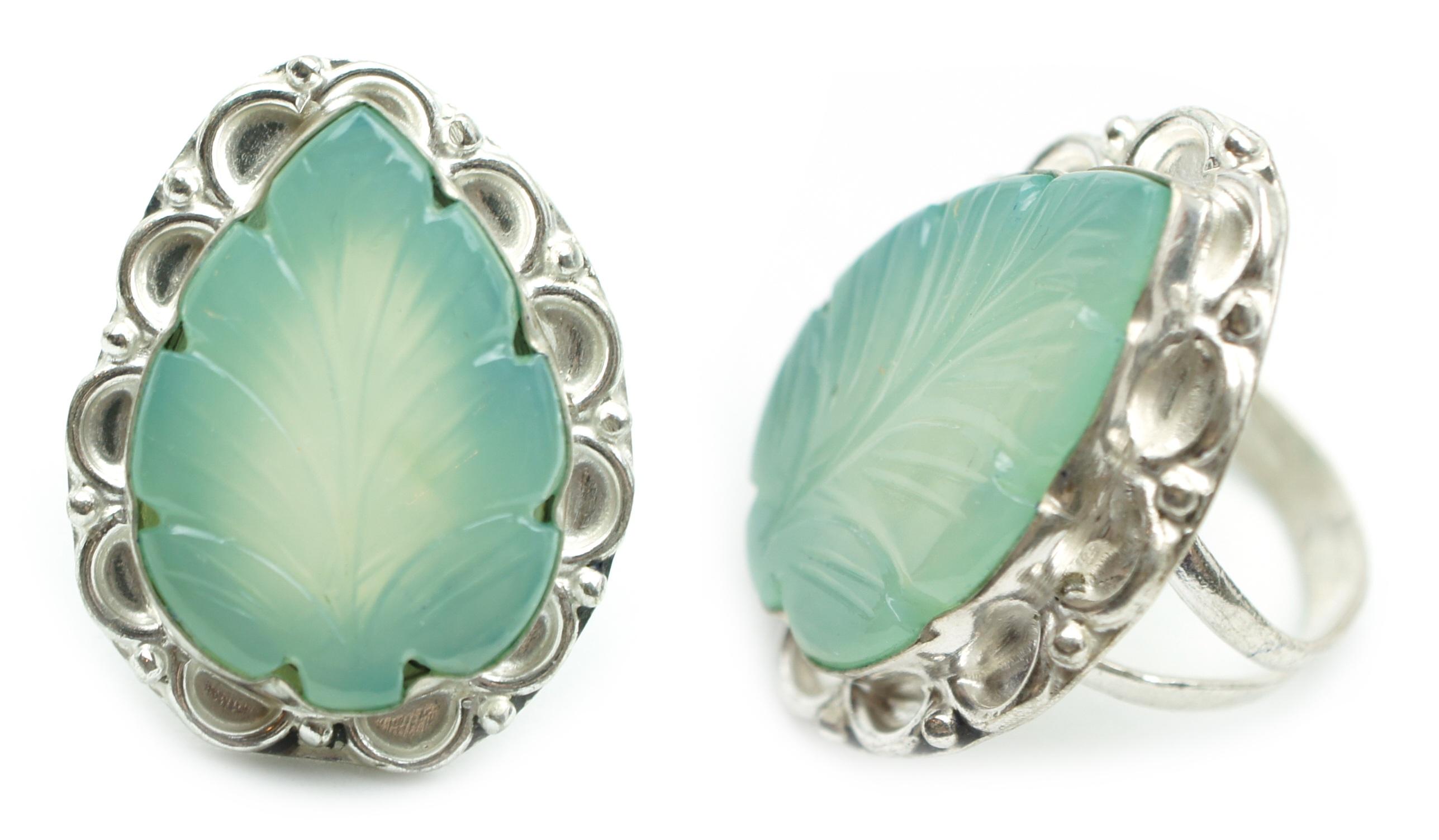 Gambar Putih Daun Cincin Terpencil Hijau Set Perhiasan 1 Perak Batu Pirus Pameran Anting