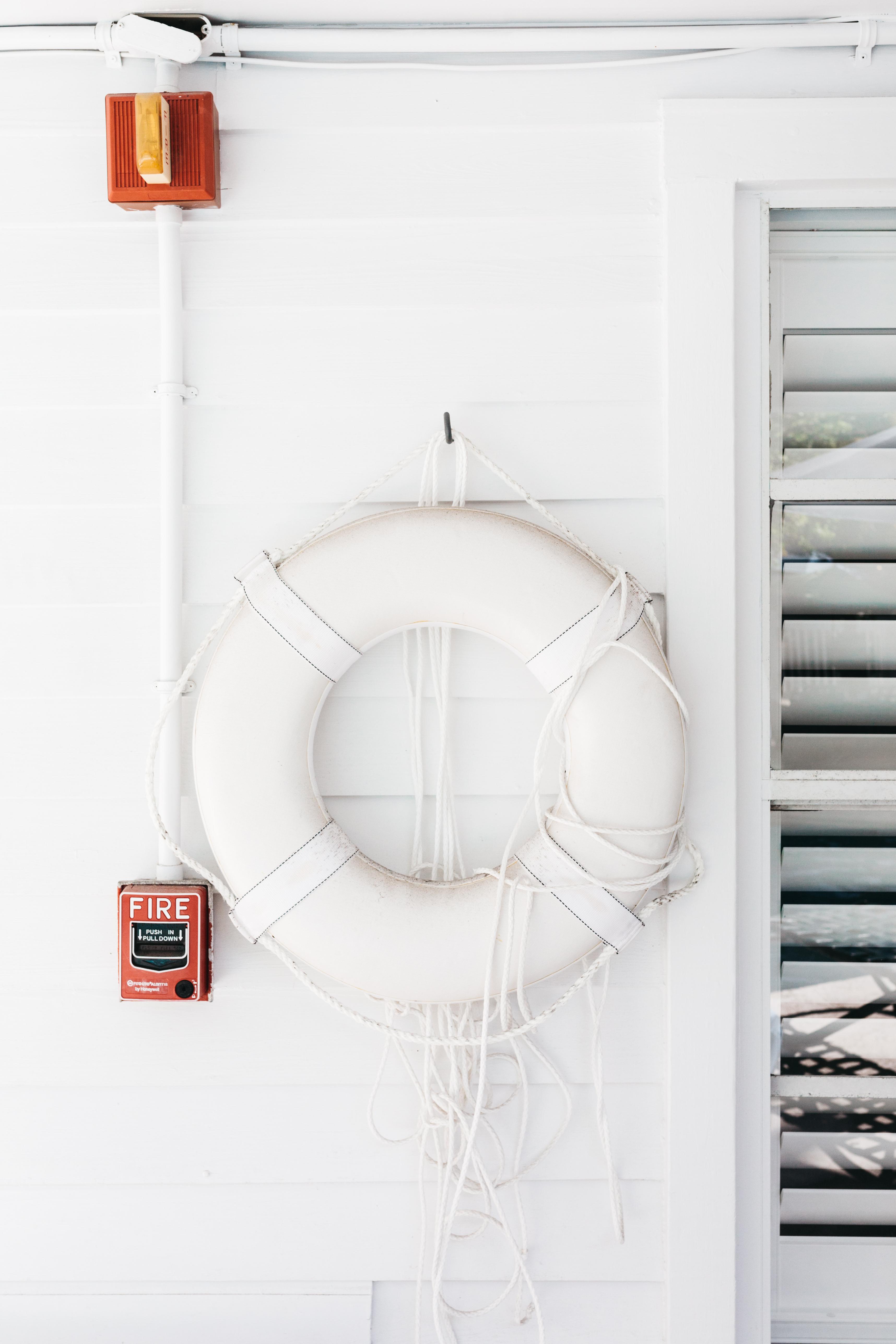 Gratis Afbeeldingen : wit, plank, meubilair, verlichting, cirkel ...