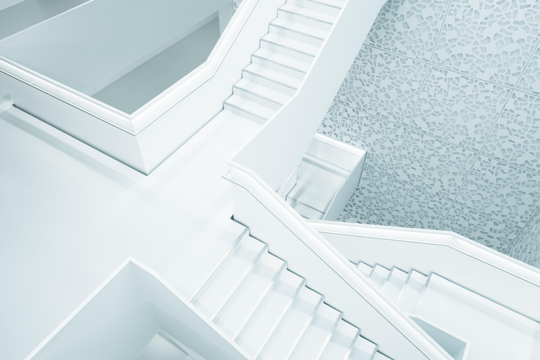 Gratis afbeeldingen wit trap verdieping stappen plafond