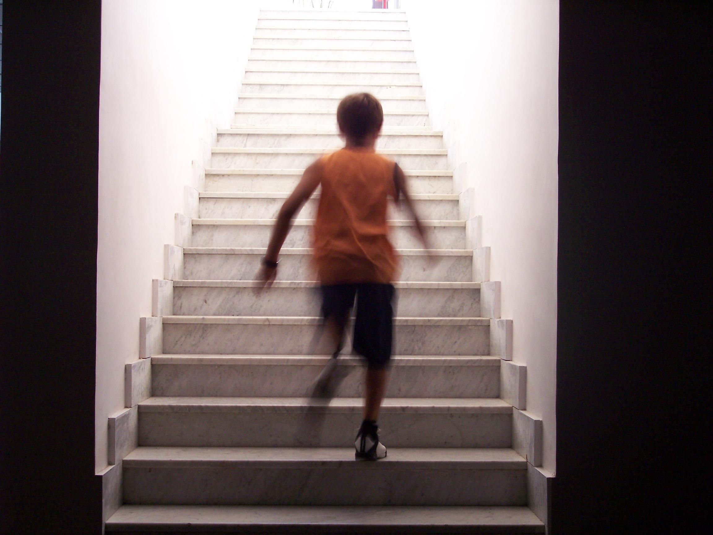 Fotoğraf Beyaz Merdiven Adımlar Ayakta Moda Siyah çıkış