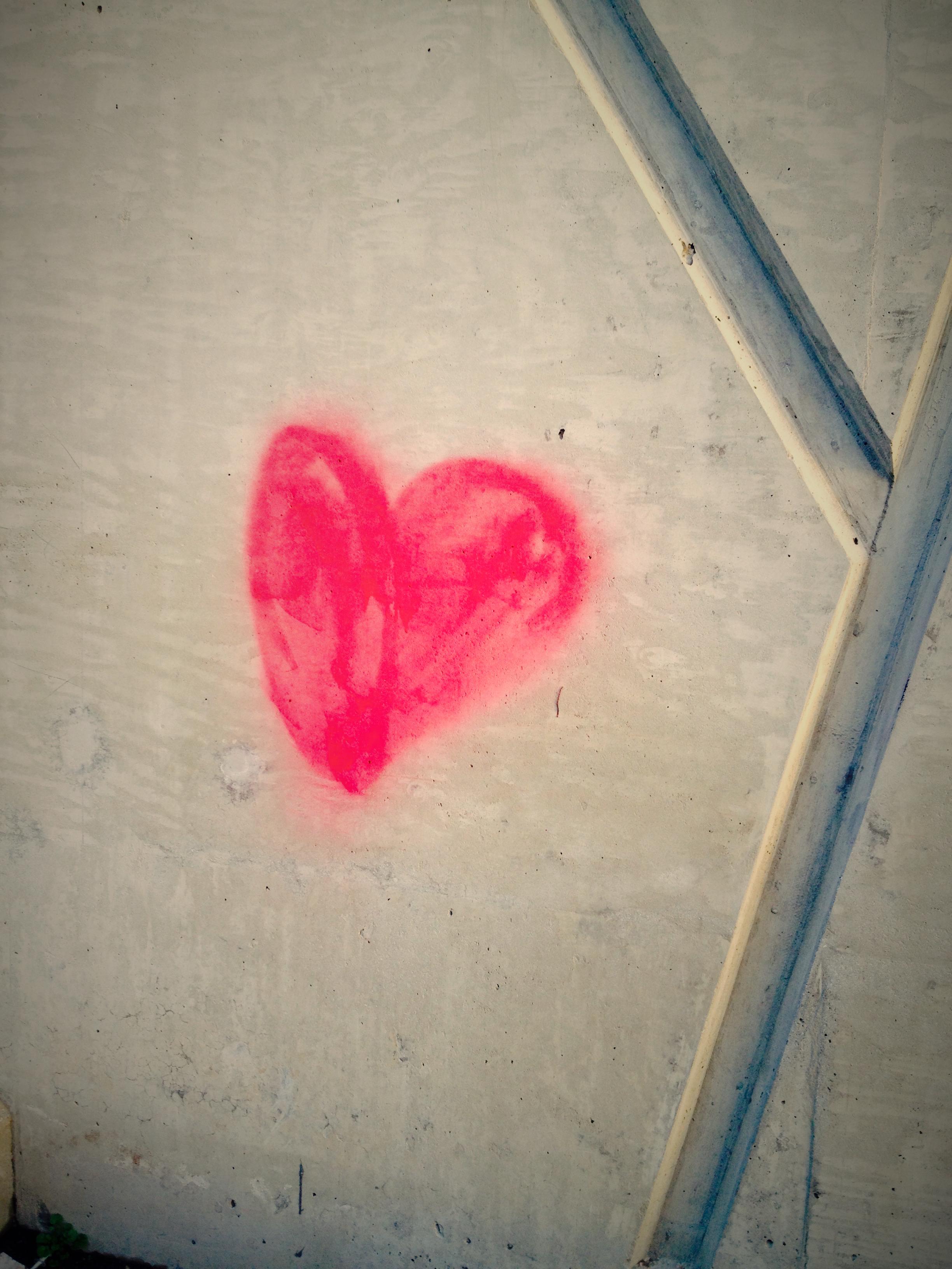 Fotograf Beyaz Kalp Kirmizi Renk Boya Mavi Pembe Duvar