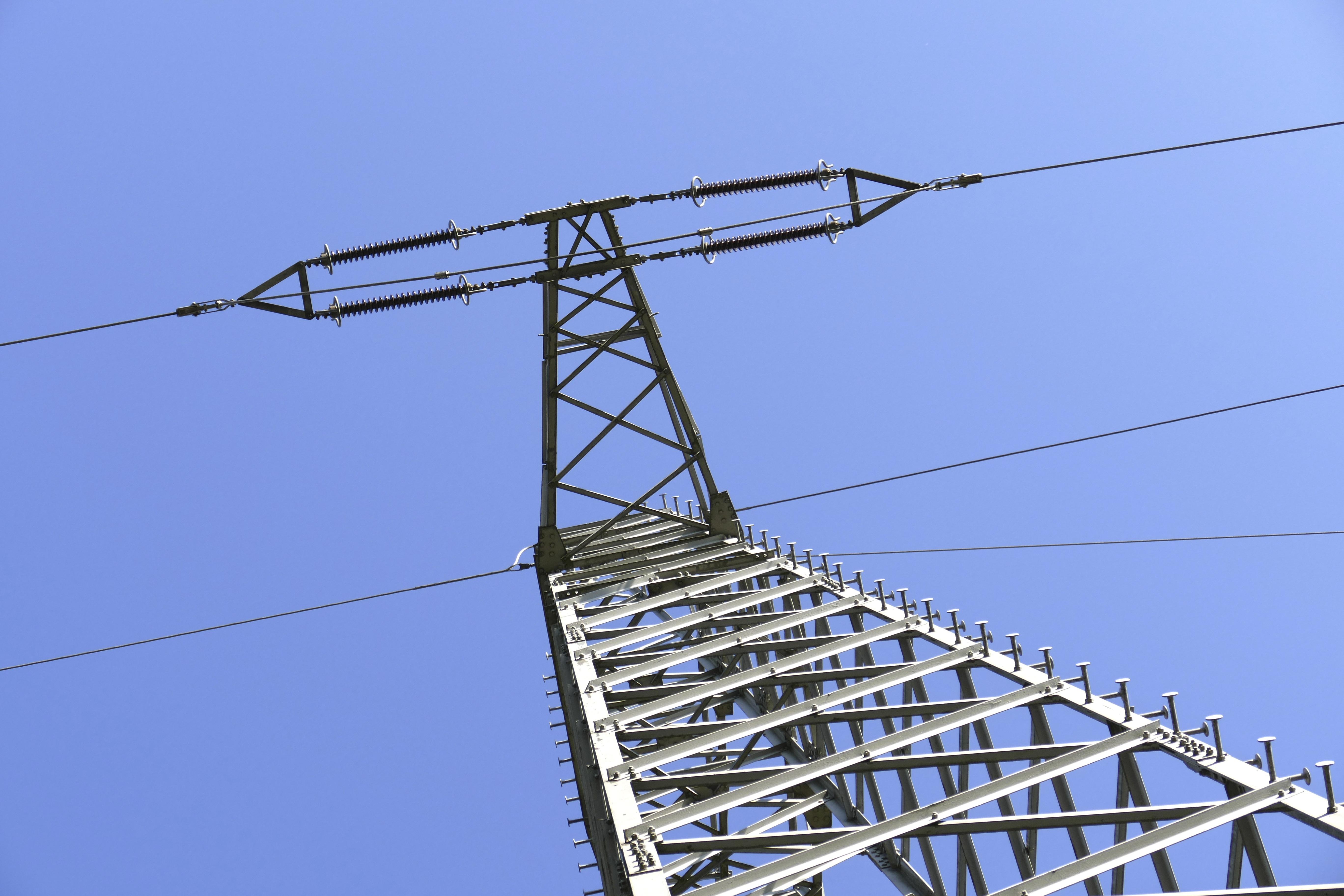 Fotos gratis : viento, línea, torre, Línea eléctrica, mástil ...